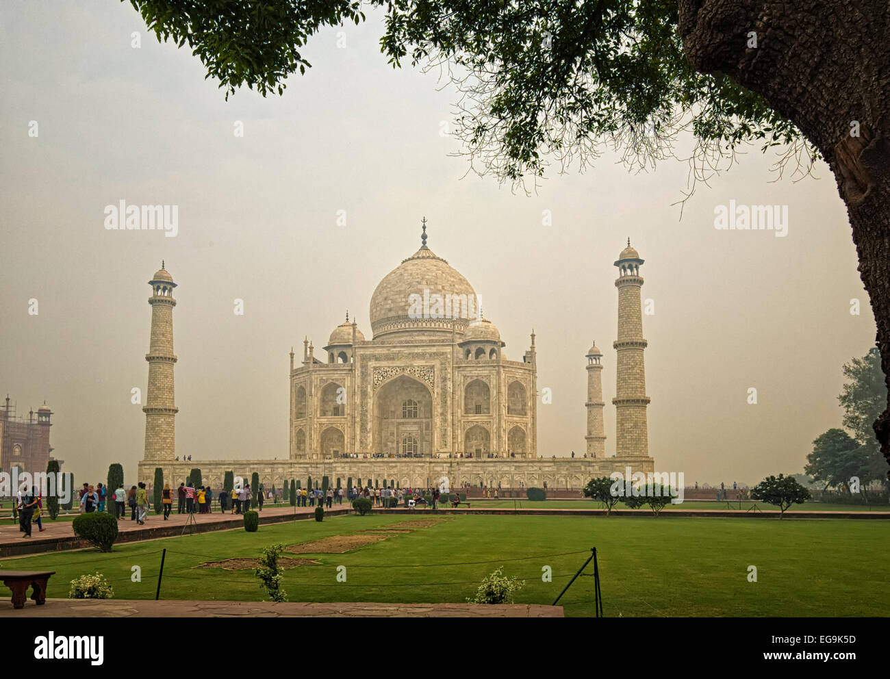 The construction of the Taj Mahal began in 1632 and was completed in 1653 - Stock Image