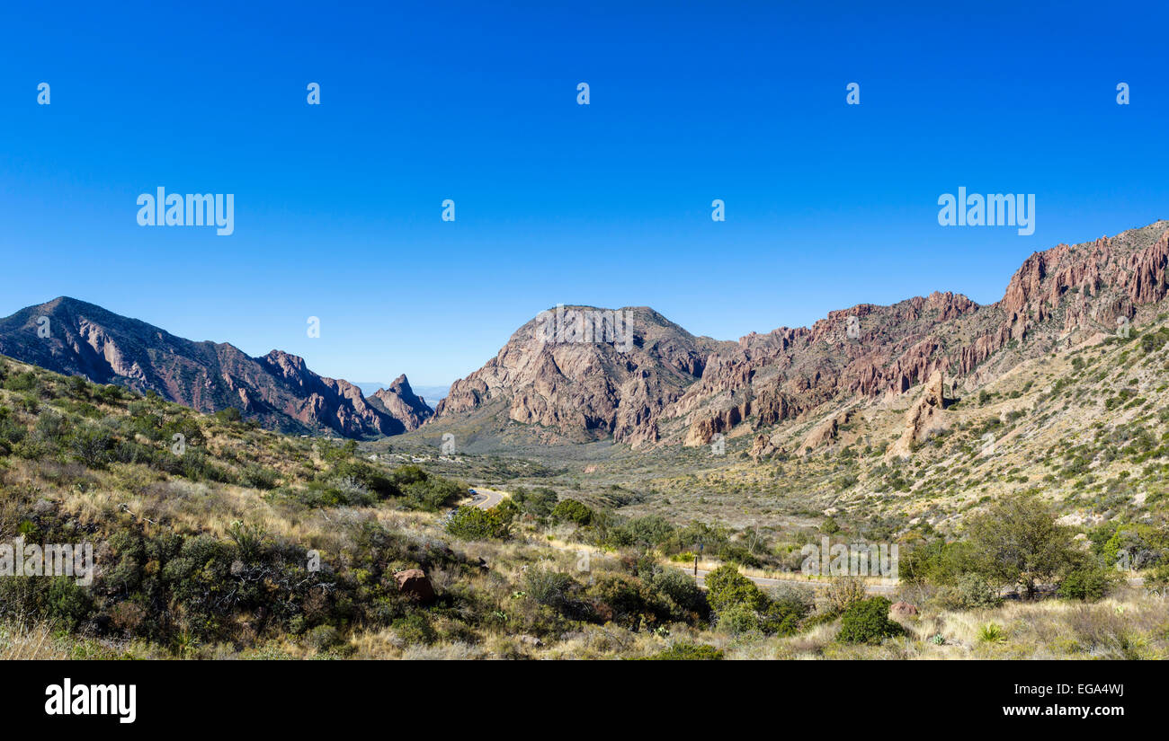 Road through Chisos Basin in Big Bend National Park, Texas, USA - Stock Image