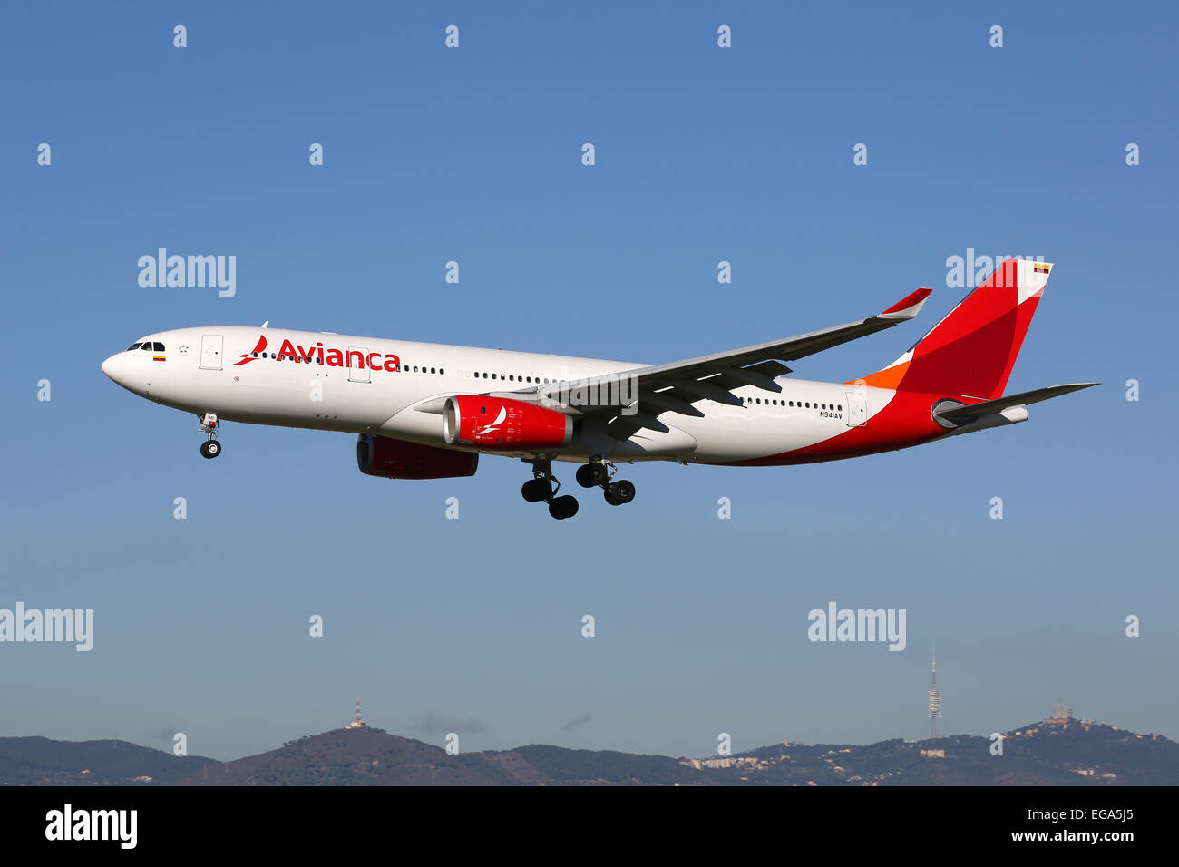 Barcelona, Spain - December 11, 2014: An Avianca Airbus A330-200 with the registration N941AV approaching Barcelona - Stock Image