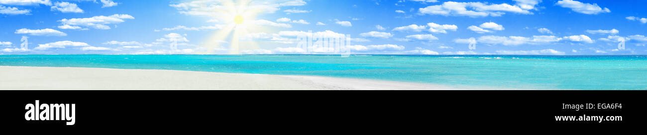 Crystal clear blue coral water of a Red Sea - Stock Image