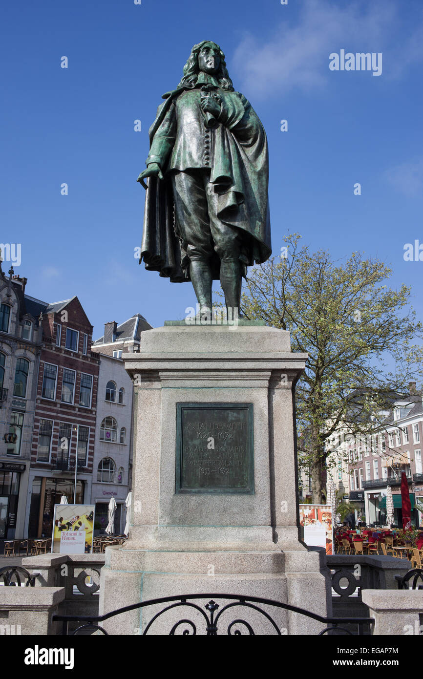 Statue of Johan de Witt (1625-1672) in the Hague, Holland, Netherlands. - Stock Image
