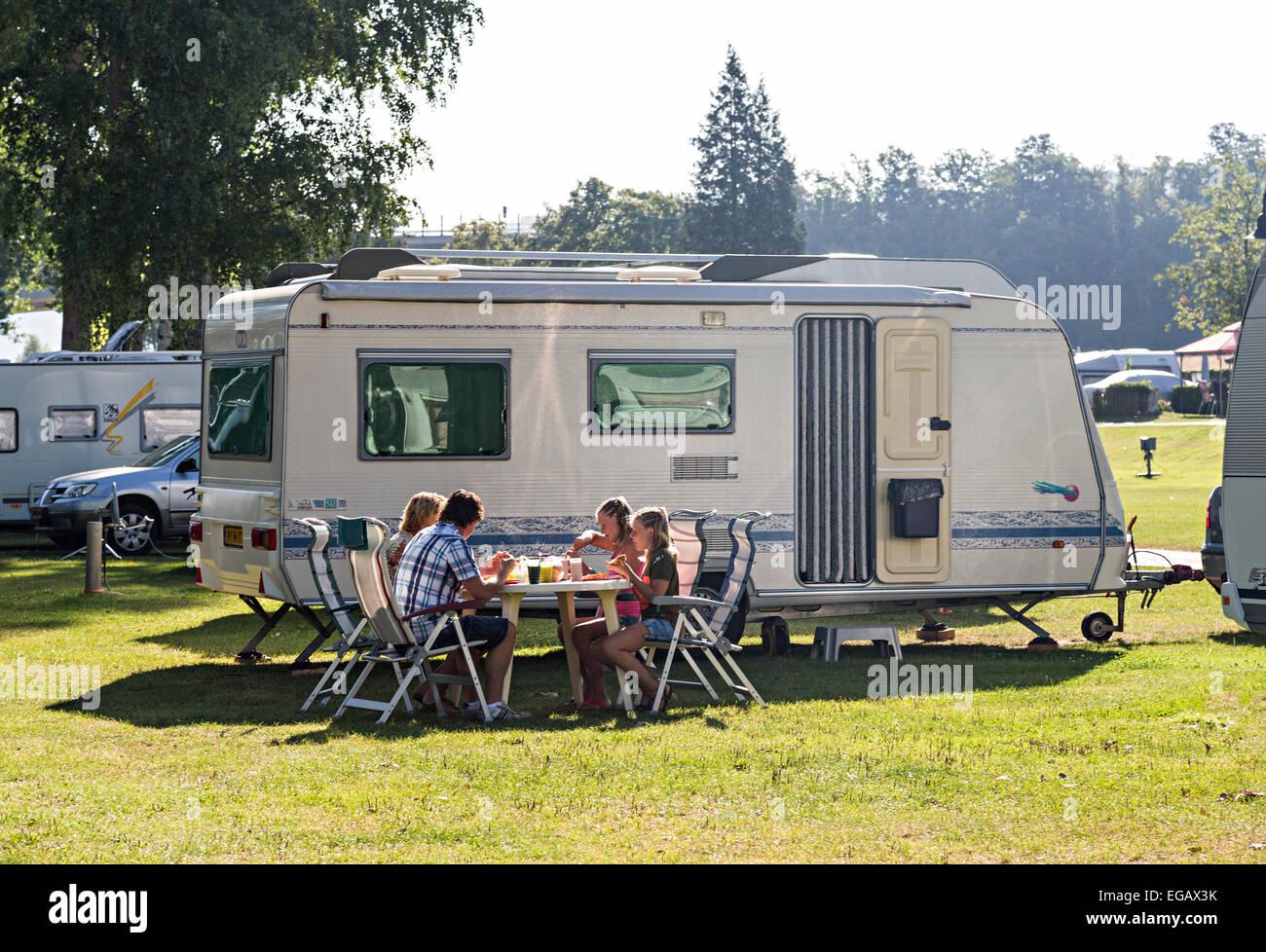 Bettingen camping equipment us based binary options companies registry