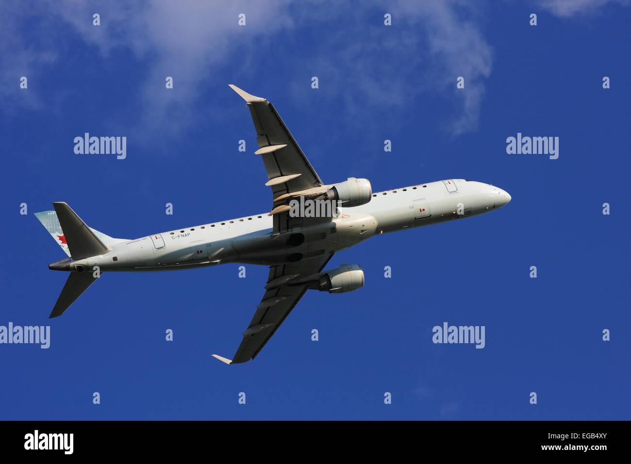Embraer E190 C-FNAP Air Canada departs YOW Ottawa Canada, July 5, 2014 - Stock Image