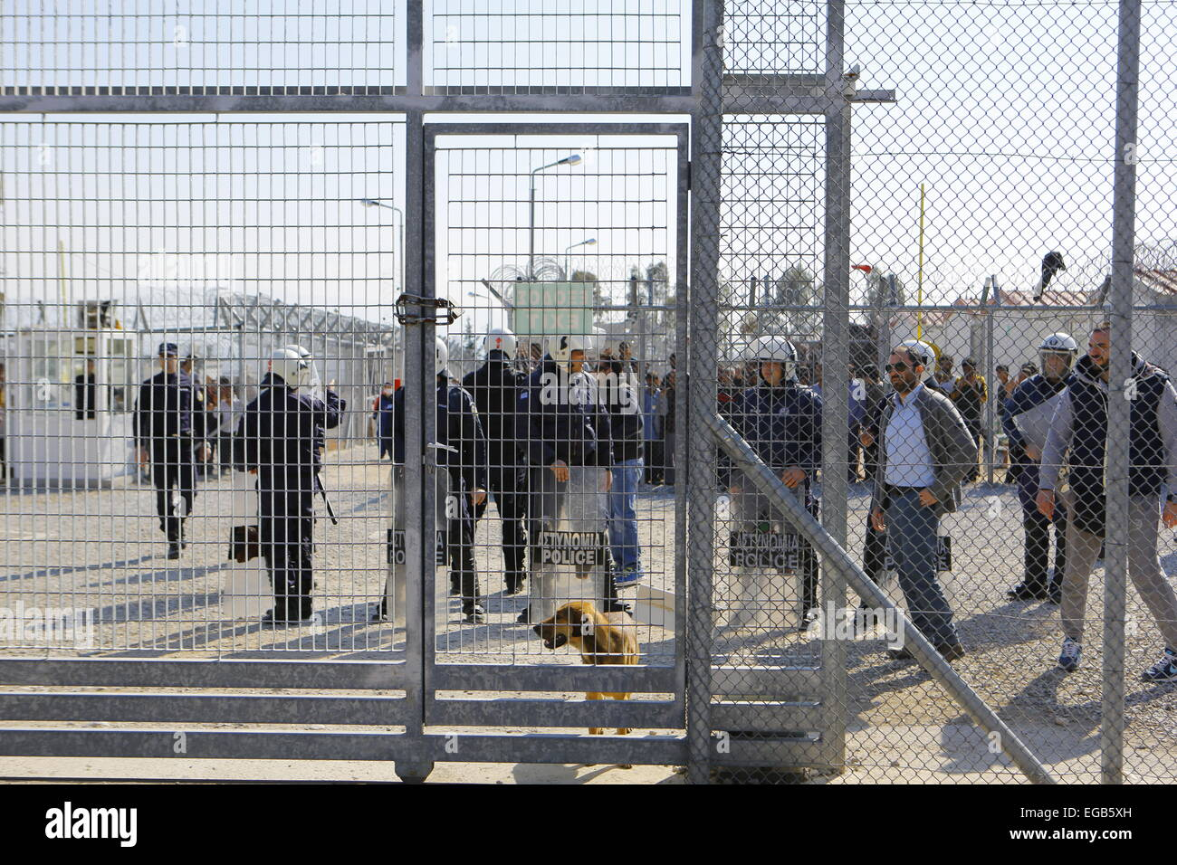 Athens, Greece. 21st February 2015. Riot police has moved into the detention camp itself. Minor scuffles between - Stock Image