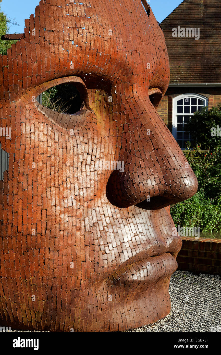 Bulkhead – sculpture by Rick Kirby – Canterbury, Kent, England - Stock Image