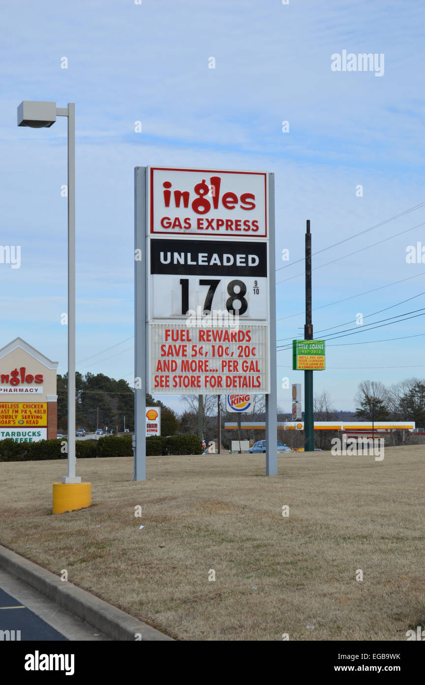 Low Gas Prices >> A Sign At A Ingles Gas Express Showing Low Gas Prices Stock