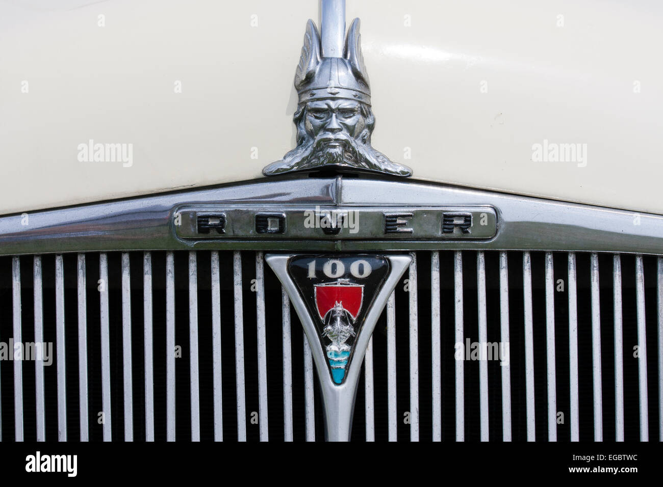 England, Ramsgate. War and Peace show. Rover 100, 1962 vintage car, logo on front - Stock Image