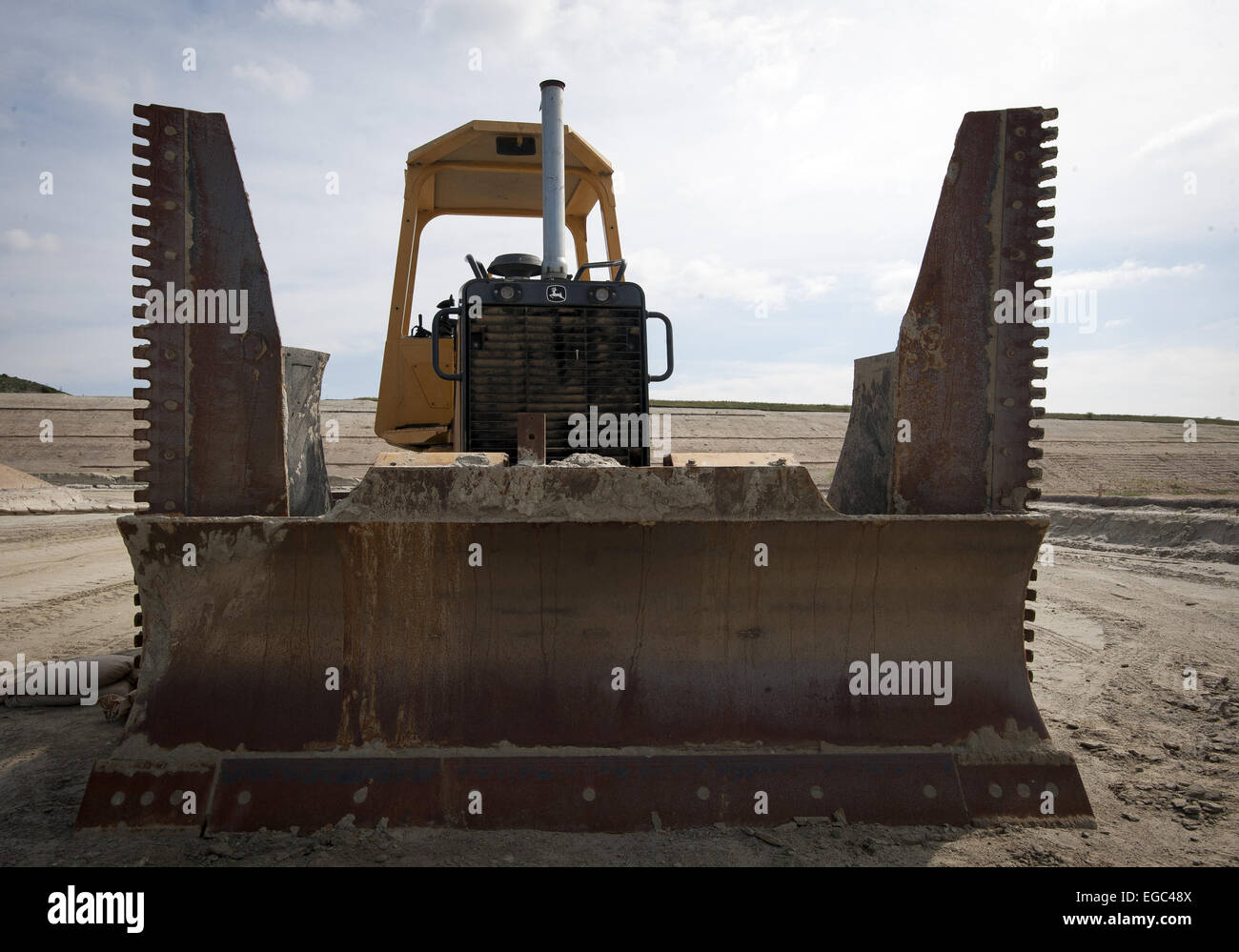 Feb. 21, 2015 - Orange County, California, USA - Heavy construction equipment is used during the first stages of - Stock Image