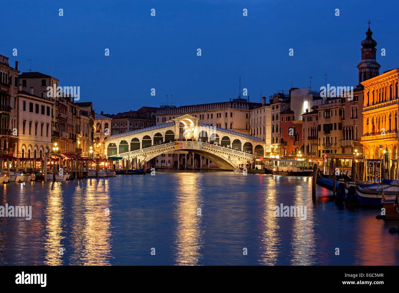 Rialto Bridge, Grand Canal, Venice, Italy - Stock Image