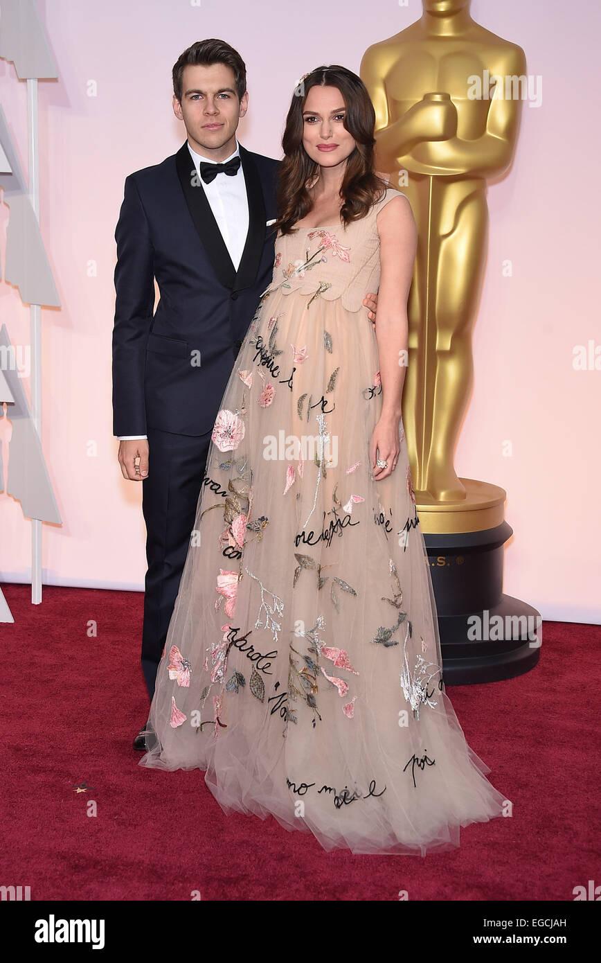 Hollywood California Usa 22nd Feb 2015 Pregnant Actress Keira Stock Photo Alamy