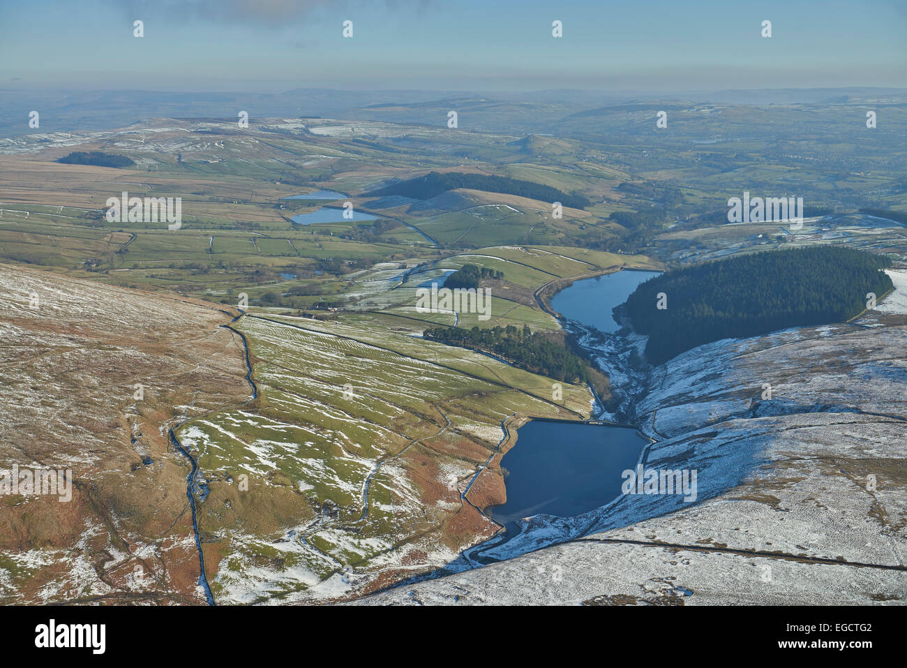 Aerial photograph of Ogden Reservoirs and Fell Wood. - Stock Image