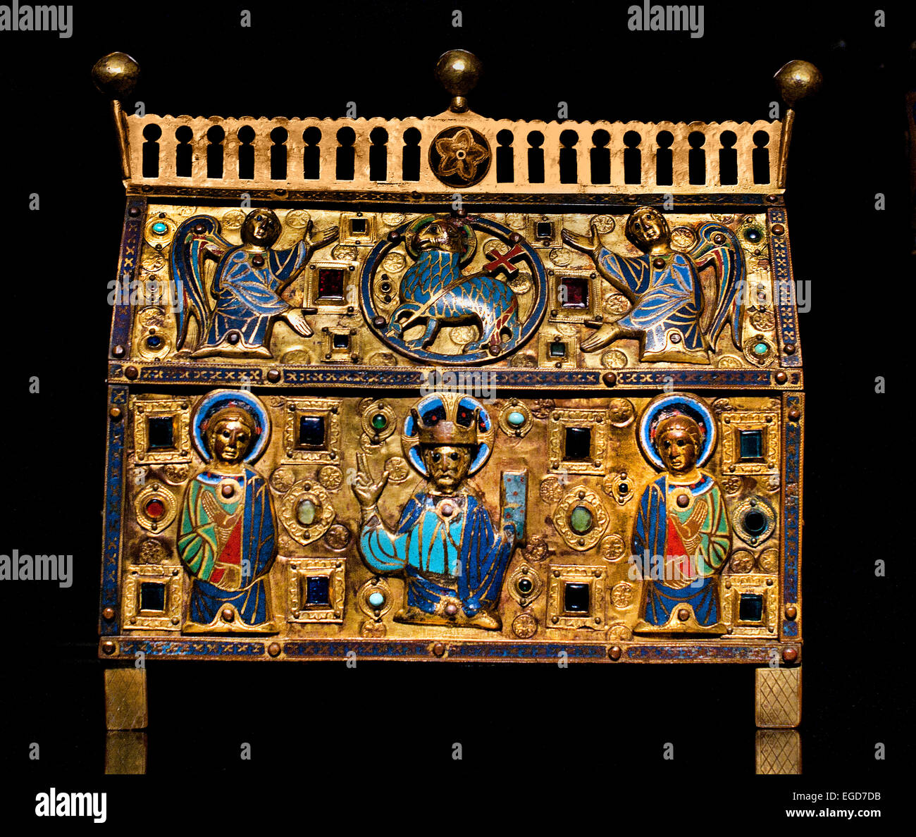 Reliquary decorated with Christ saint and angles Limoges c 1200-1250 Gold gilded copper enamel and inlaid glass - Stock Image