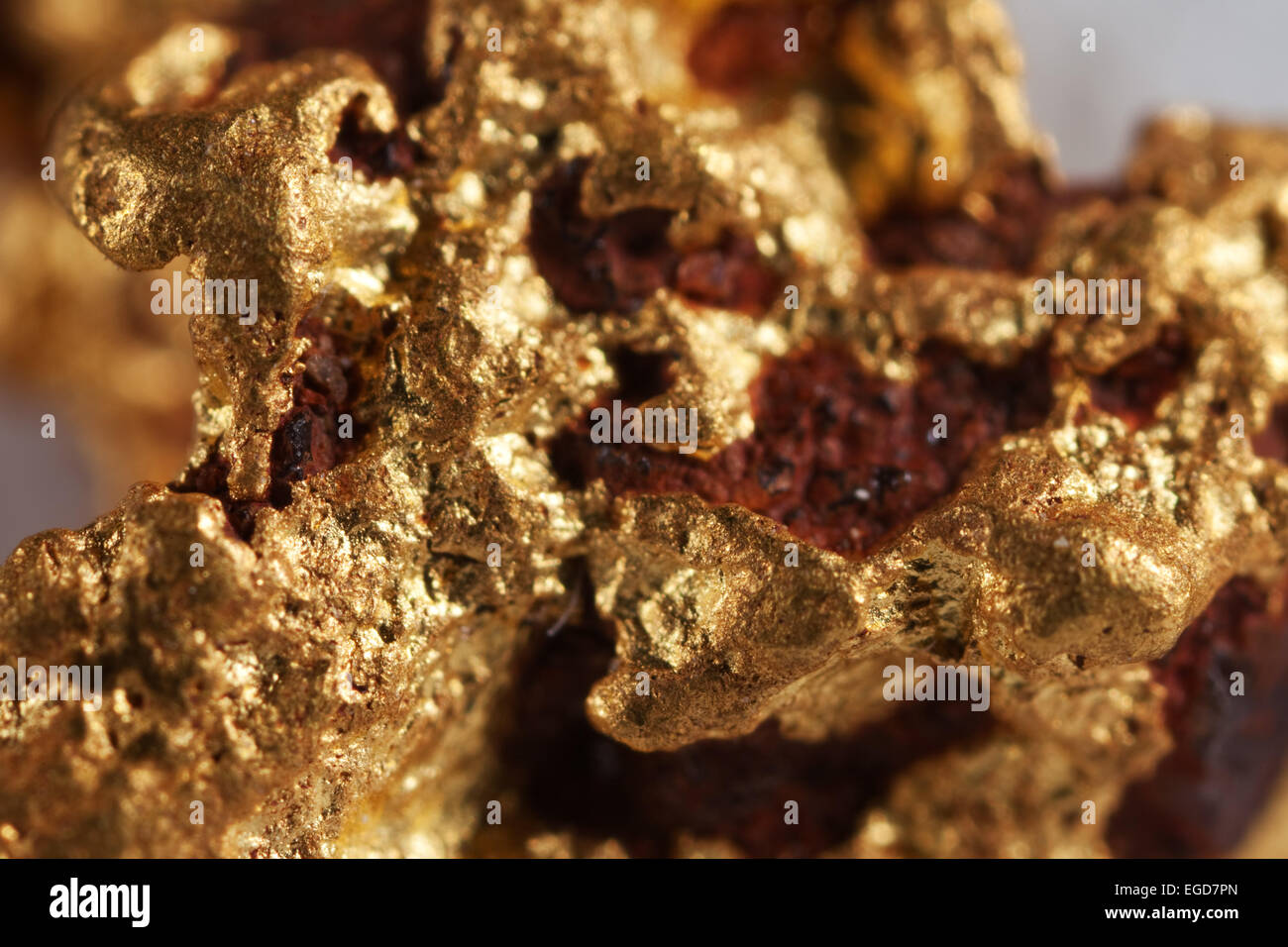 Raw Gold Nugget Stock Photos & Raw Gold Nugget Stock Images - Alamy