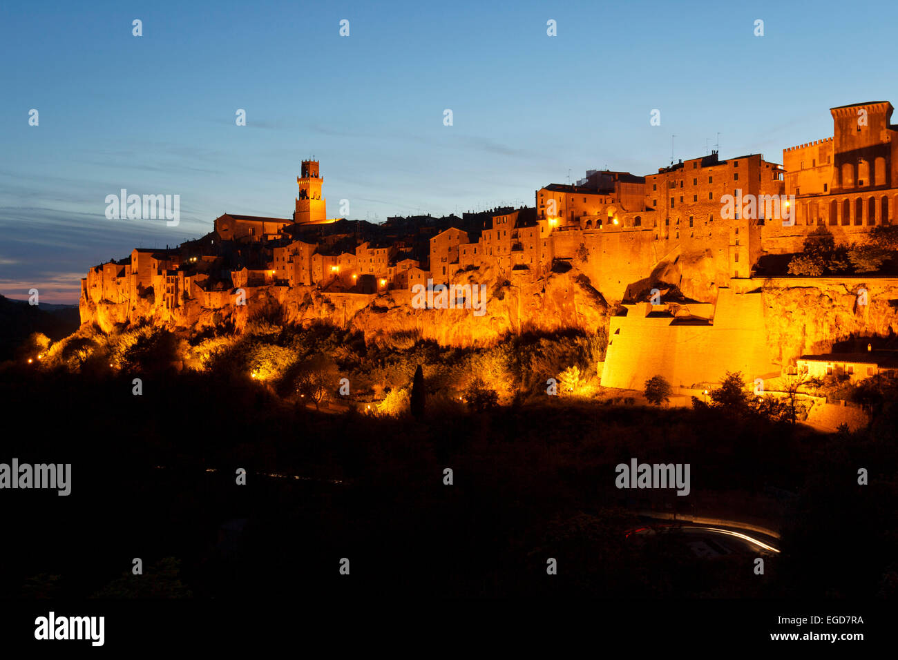 Pitigliano at night, hill town, province of Grosseto, Tuscany, Italy, Europe - Stock Image