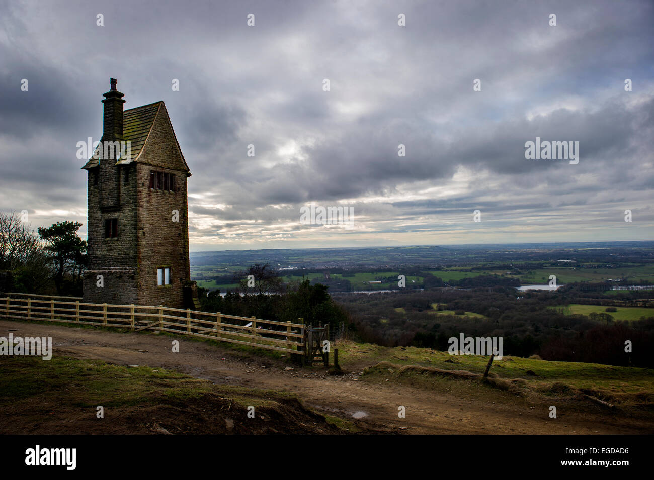Pike Nursery Near Me: The Pigeon Tower In Rivington Garden's Rivington Pike