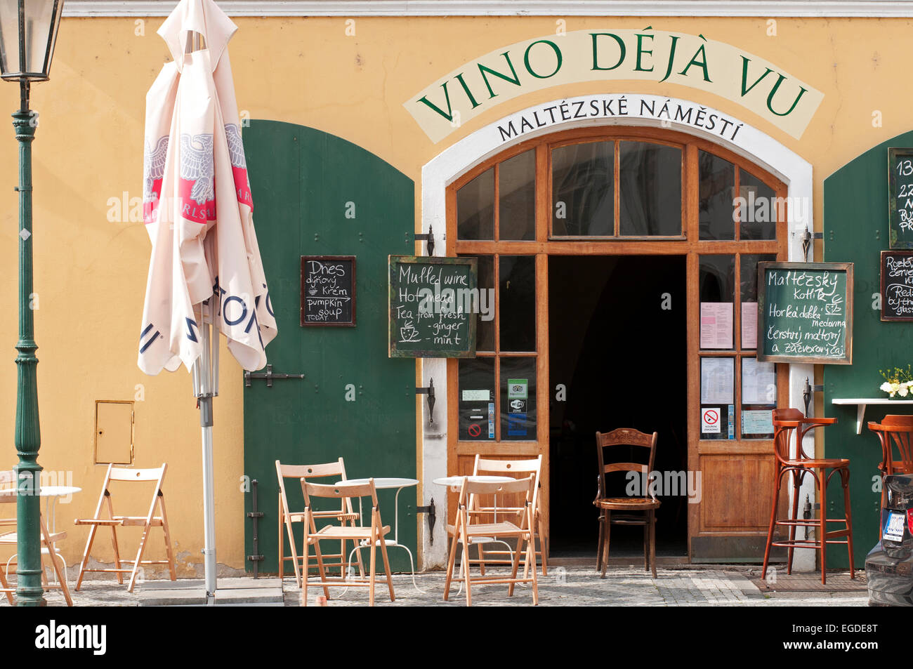 Wine bar and restaurant in the old city of Prague, Prague, Czech Republic, Europe - Stock Image