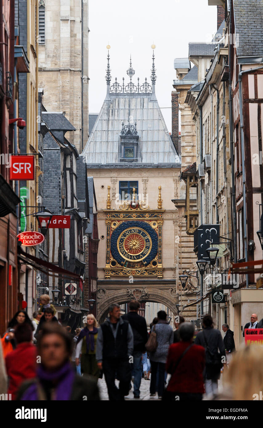 Rue du Gros Horloge and the astronomical clock, Rouen, Seine-Maritime, Normandy, France - Stock Image