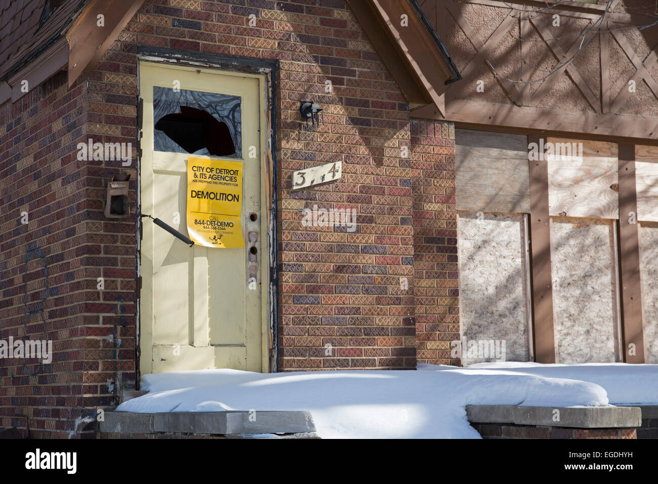 Detroit, Michigan - A house prepared for demolition. - Stock Image