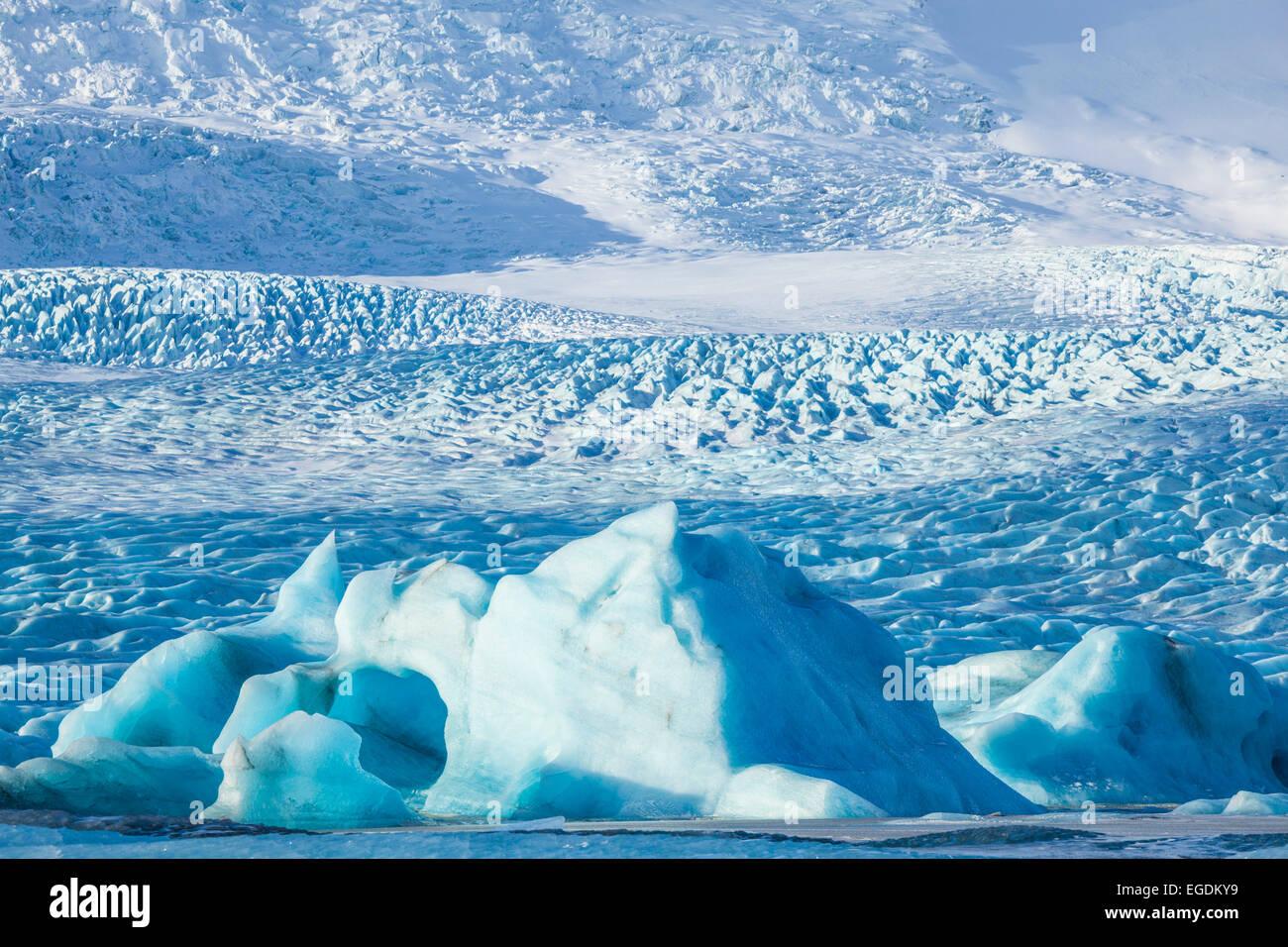 Fjallsarlon iceberg lagoon and Vatnajokull Glacier Iceland Europe - Stock Image