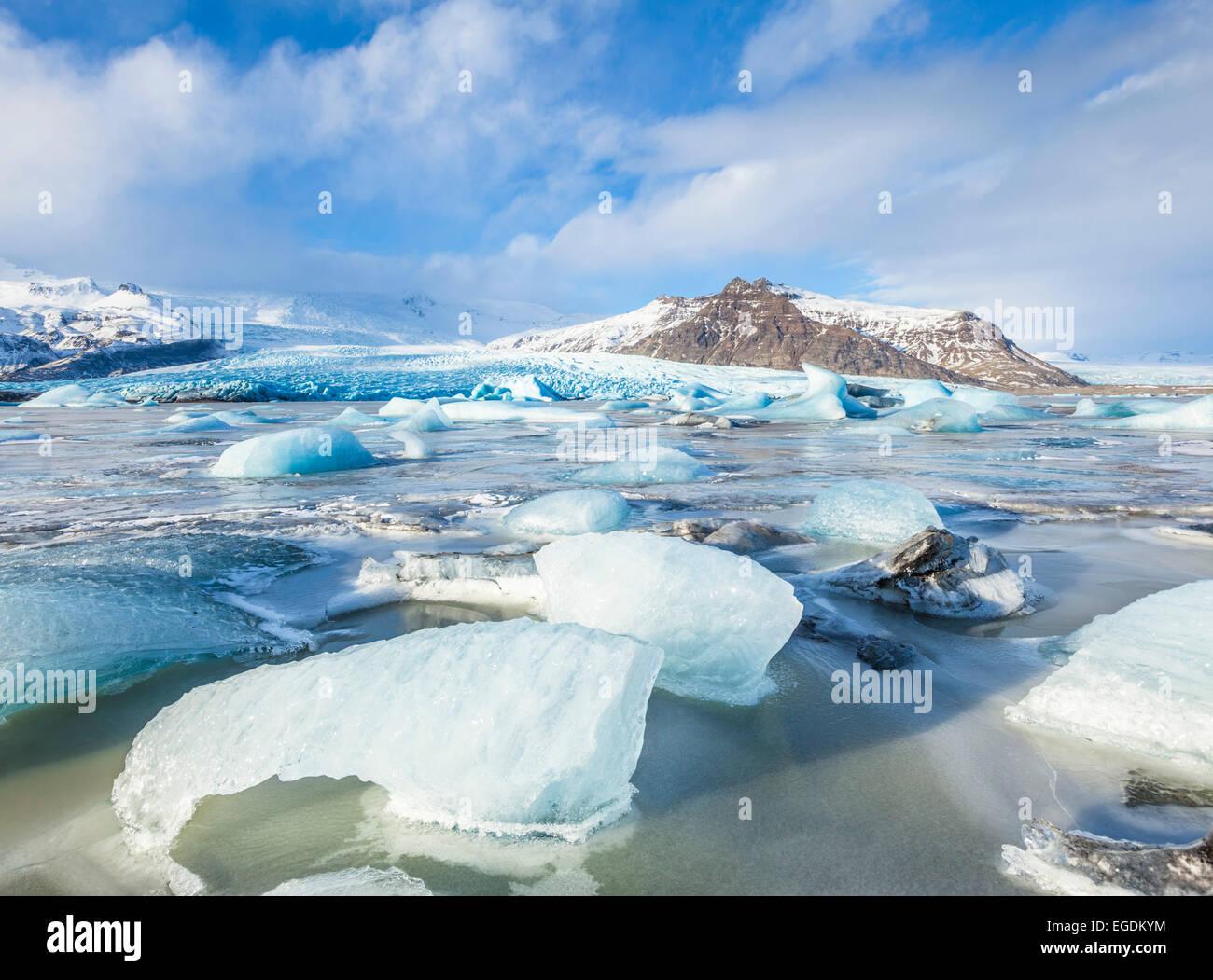 Frozen Fjallsarlon iceberg lagoon in winter Iceland Europe - Stock Image