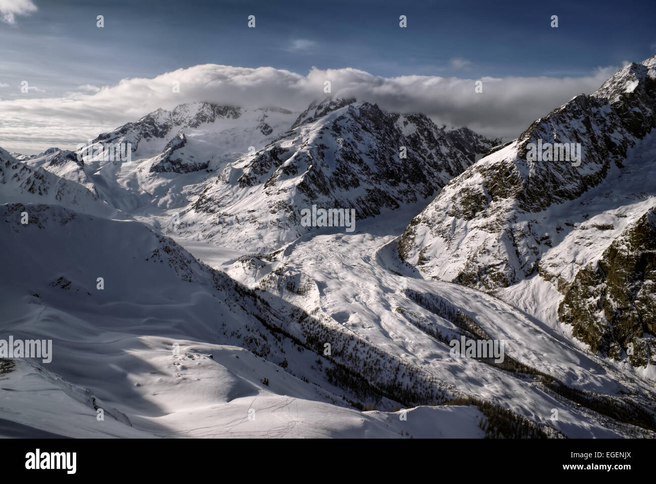 Panoramic view of ragged Mt Blanc wall during winter - Stock Image