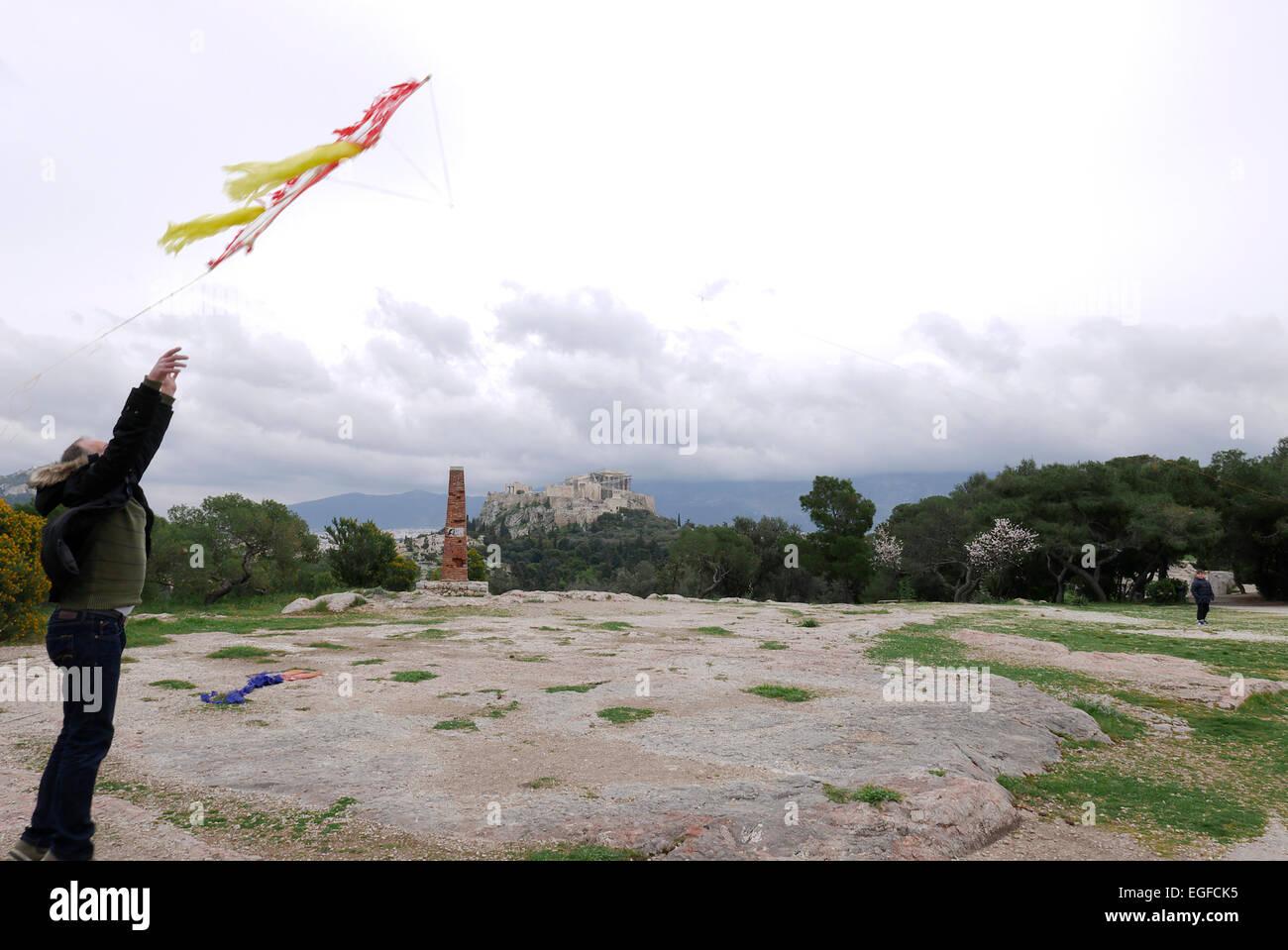 greece athens flying kites on Filopappou hill on clean monday - Stock Image