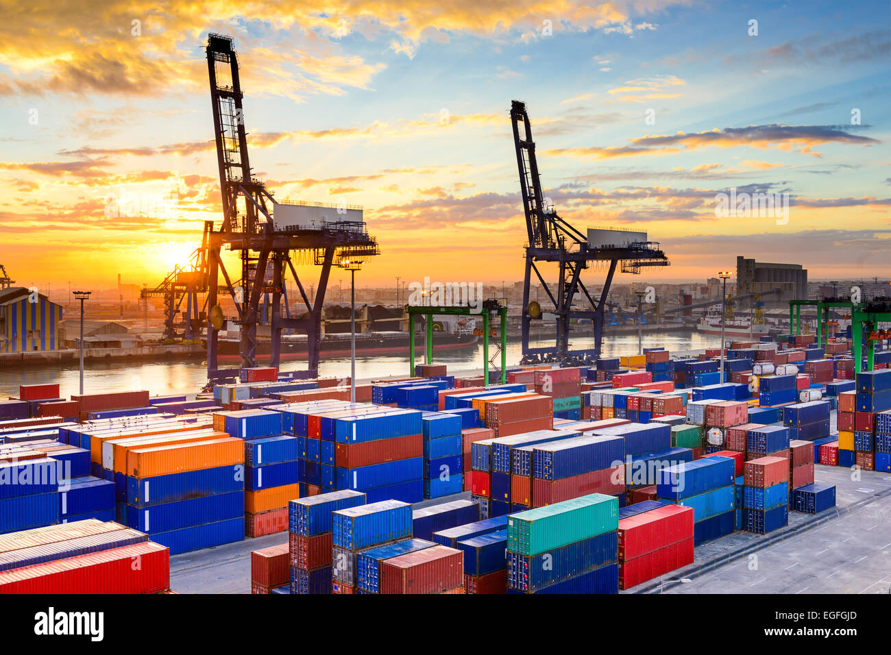Industrial port at dawn at the Port of Casablanca, Morocco. - Stock Image