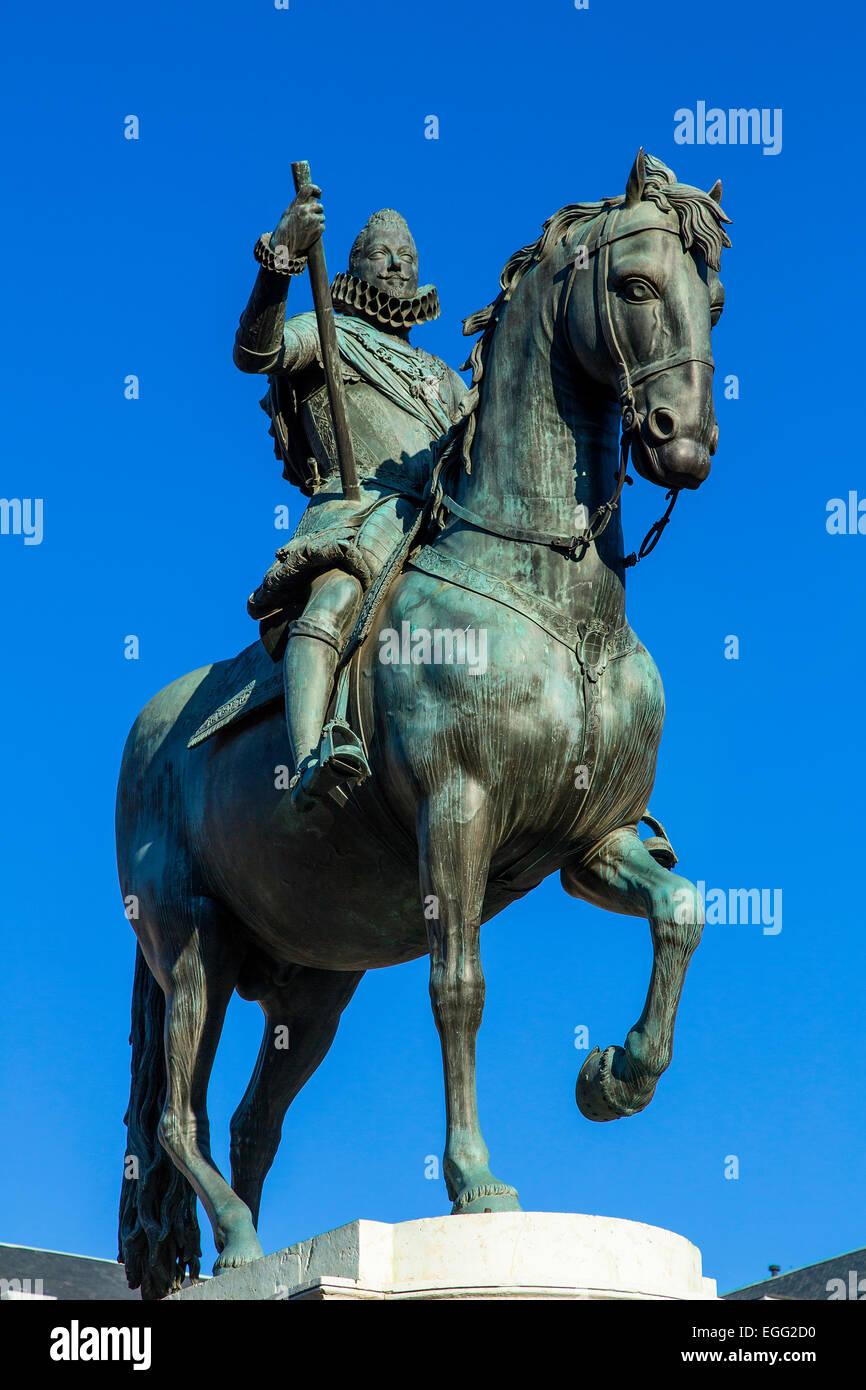 Madrid, Plaza Mayor, Statue King Philips III - Stock Image