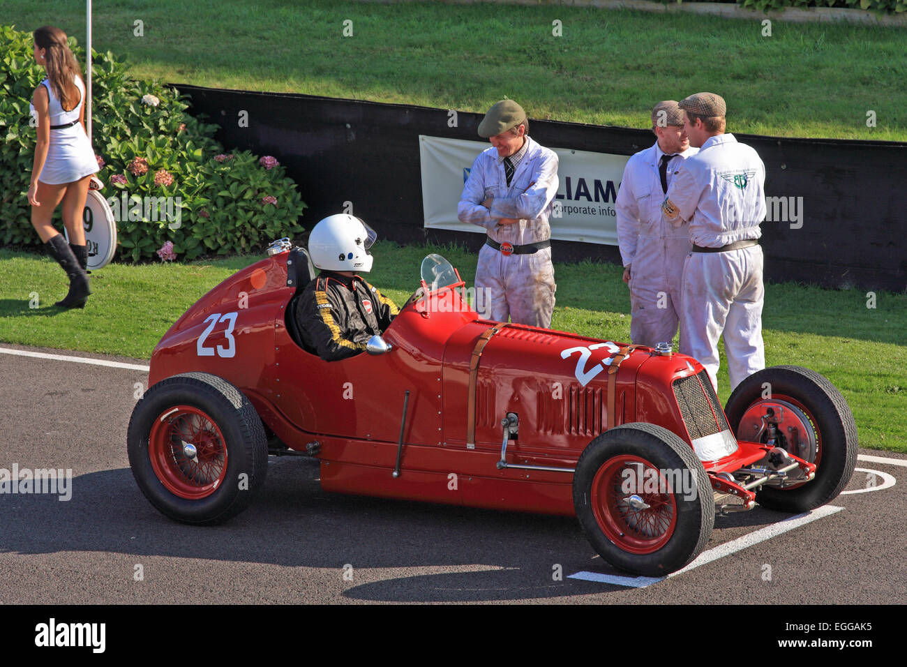 Simon Edwards on the starting grid in a 1935 Maserati 4CM / Goodwood Revival / Goodwood / UK - Stock Image