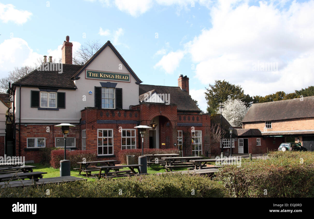 The Kings Head pub, Wellesbourne, Warwickshire UK - Stock Image