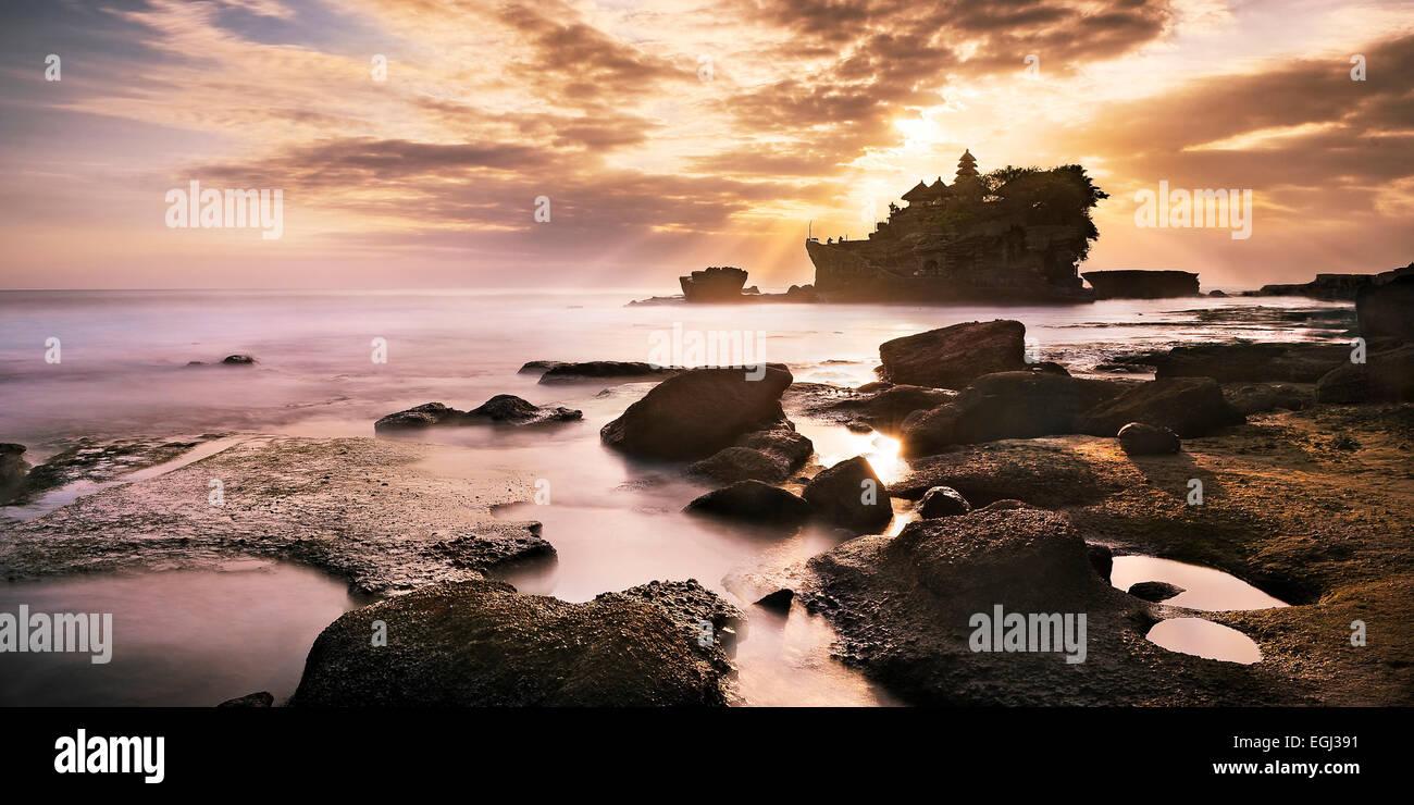 Indonesia, Bali, Pura Tanah Lot, sea temple, Hindu temple, coast, - Stock Image