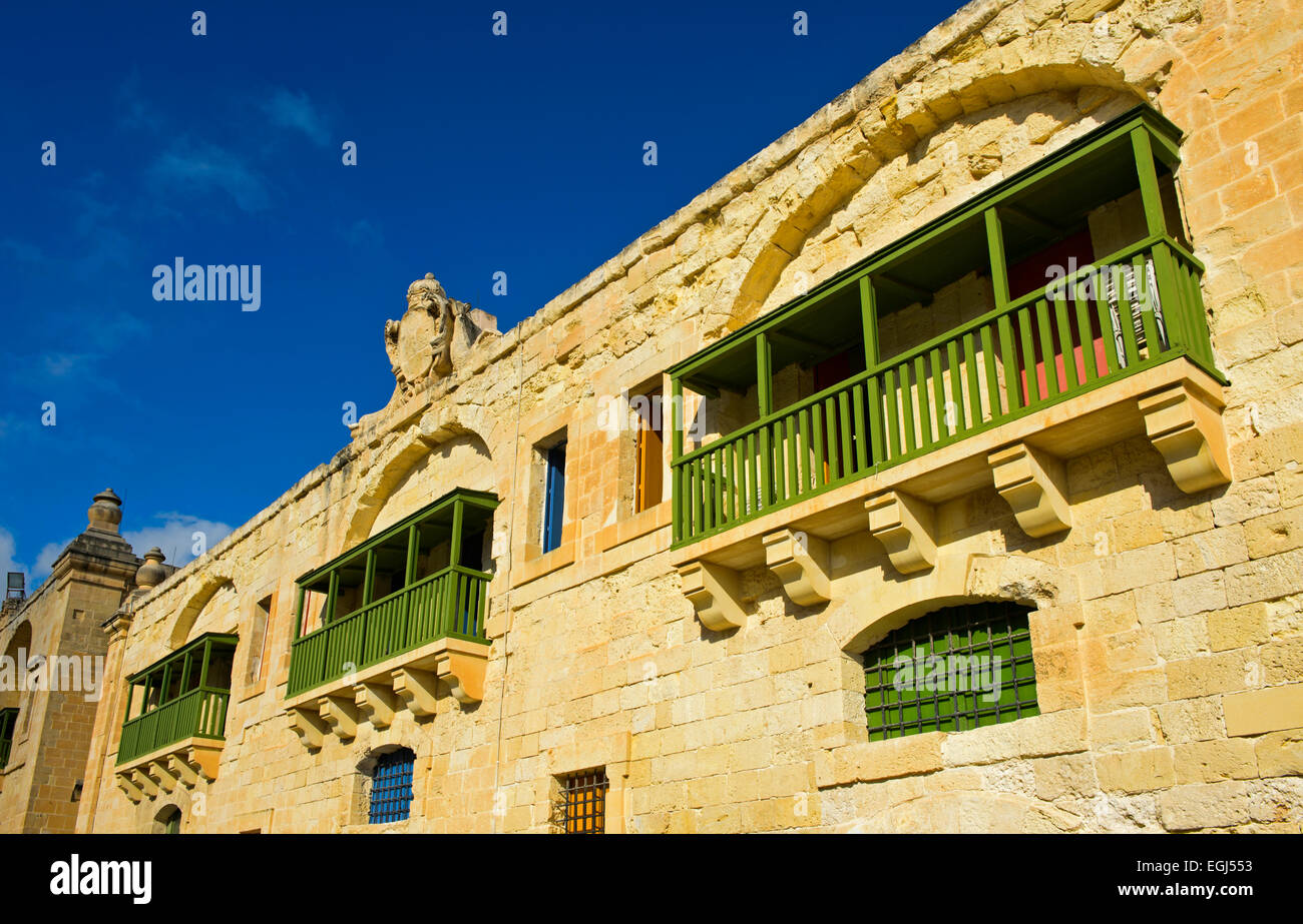 Traditional houses with bays, Valletta, Malta - Stock Image