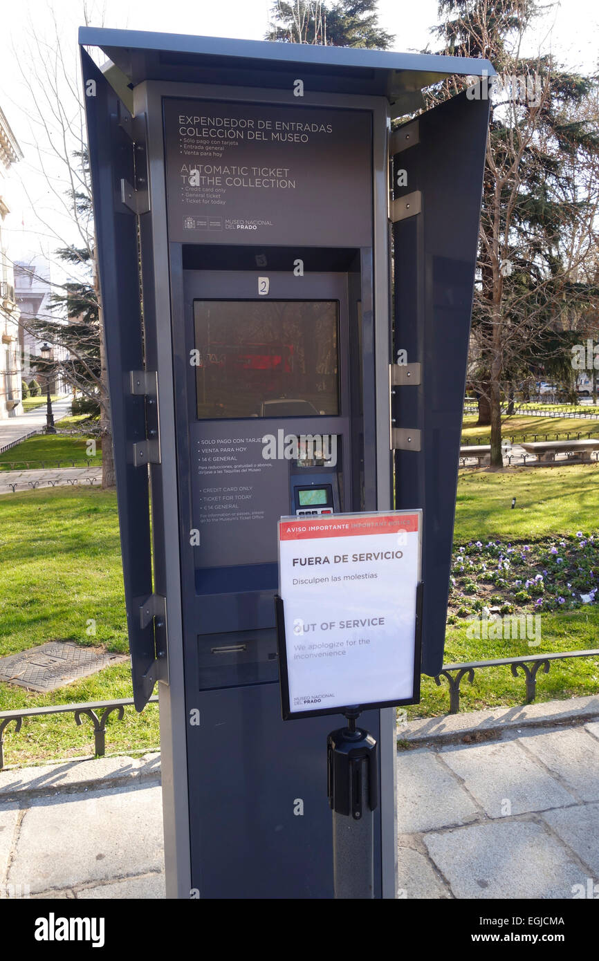Out of service, automatic ticket dispenser machine for entrance tickets to the Prado Museum, Madrid, Spain. - Stock Image