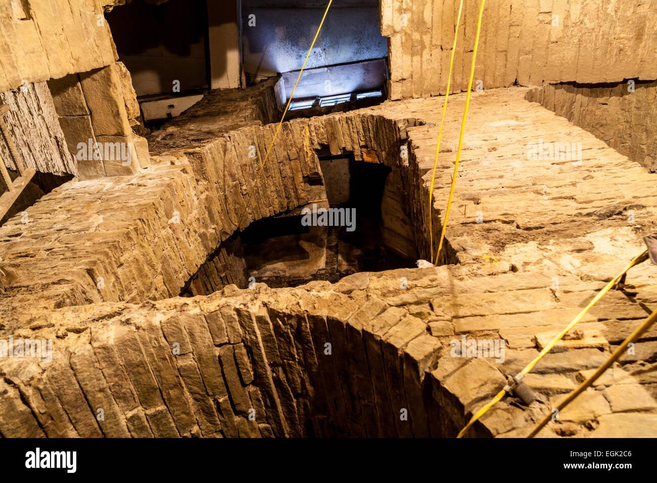 Sunbridge Wells, subterranean tunnel system,  Millergate, Bradford, West Yorkshire, UK. An underground development Stock Photo