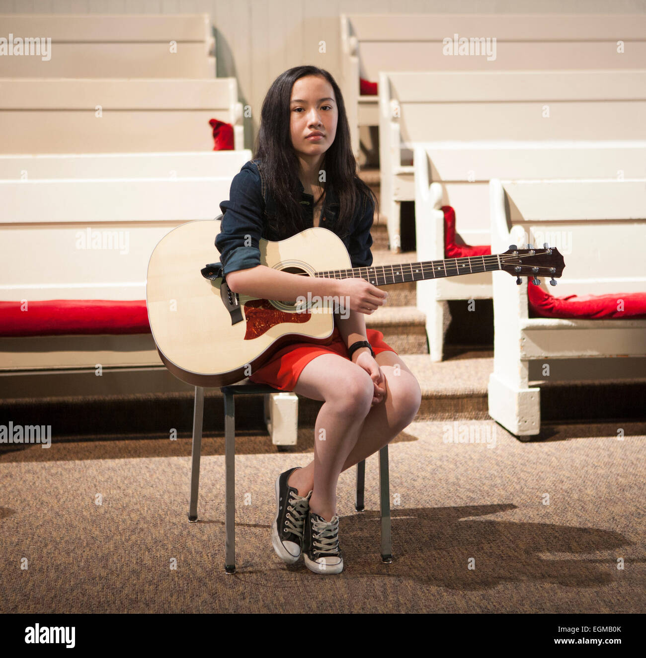 Pre-Teen Girl With Guitar, Portrait - Stock Image