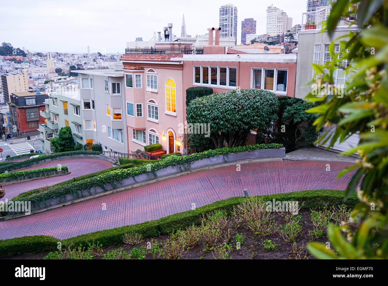 The crookedest street in the world, Lombard Street, San Francisco. - Stock Image