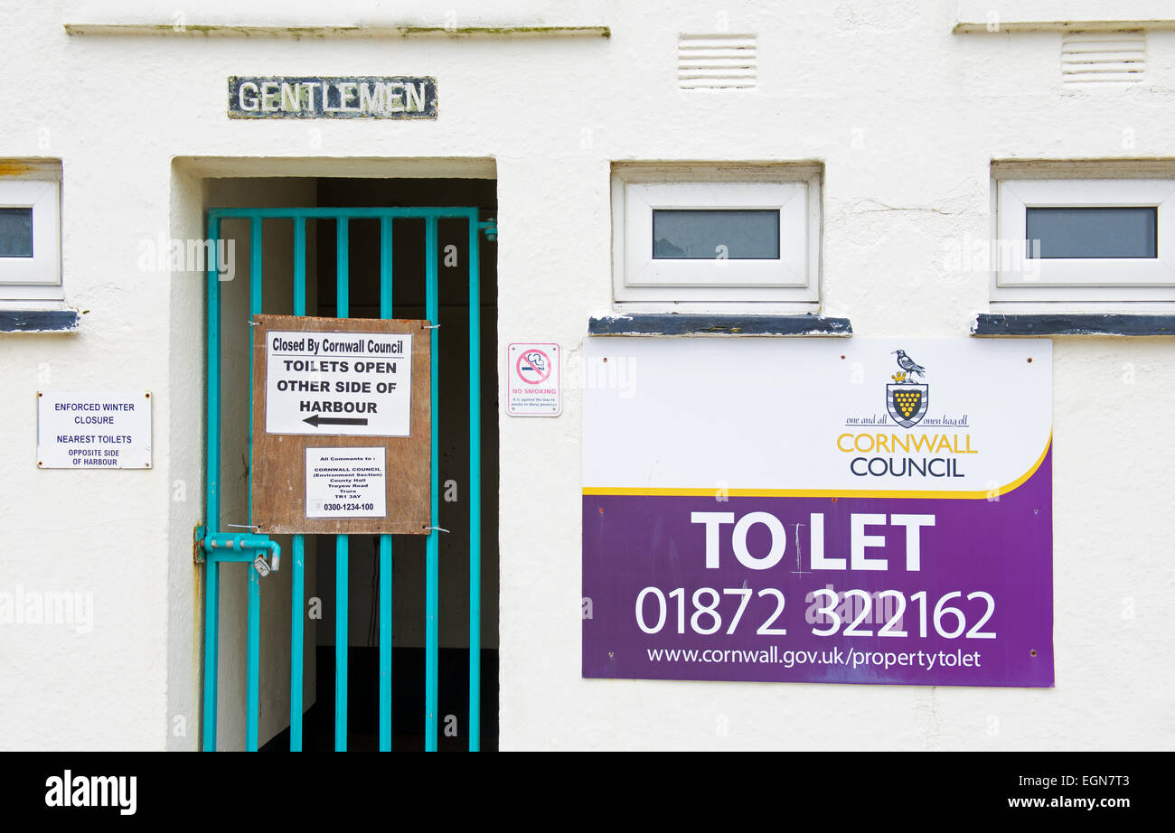 Toilet block with to let sign, Cornwall, England UK - Stock Image