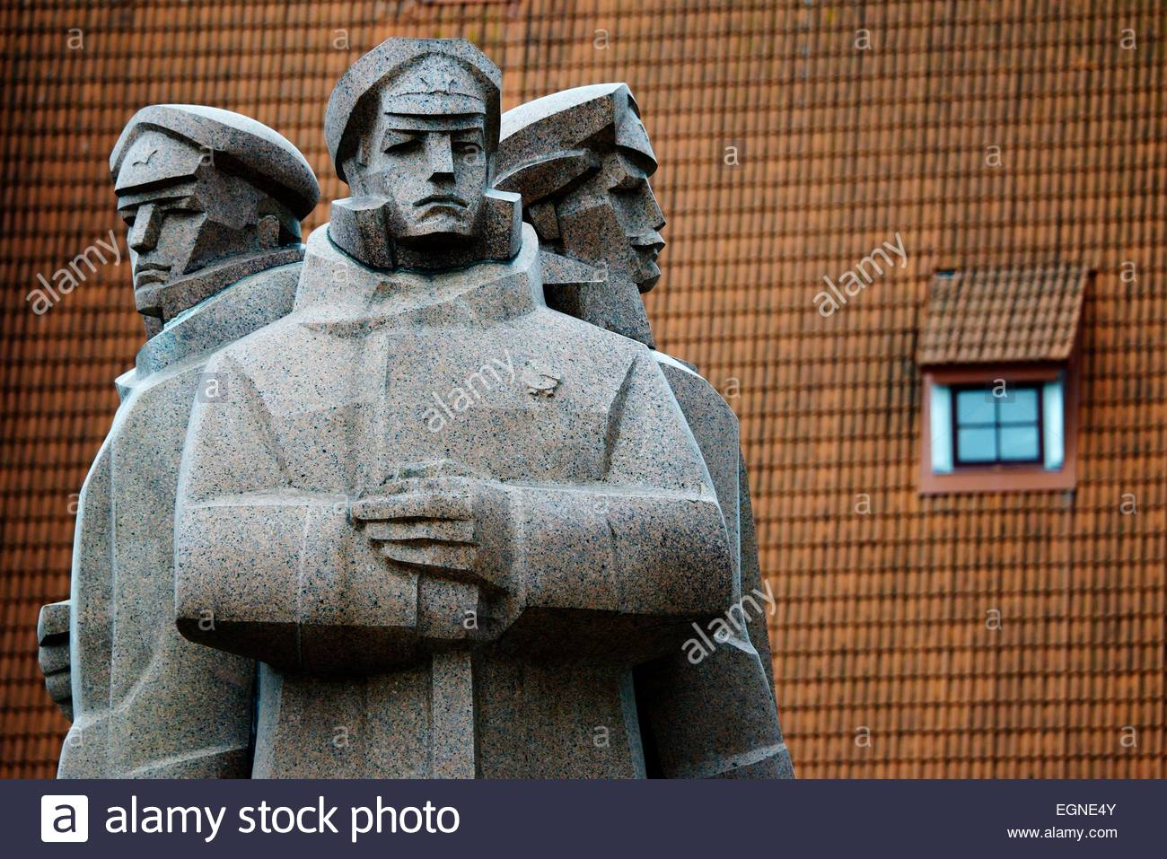 Riga Latvia. Soviet era Latvian Riflemen Monument outside Occupation Museum commemorates pro Bolshevik anti German - Stock Image