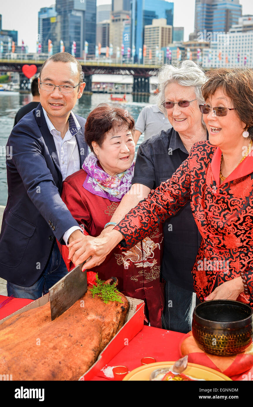 dney, Australia. 28th February, 2015. Chinese New Year Festival Advisory Group Chair Councillor Robert Kok (L) is - Stock Image