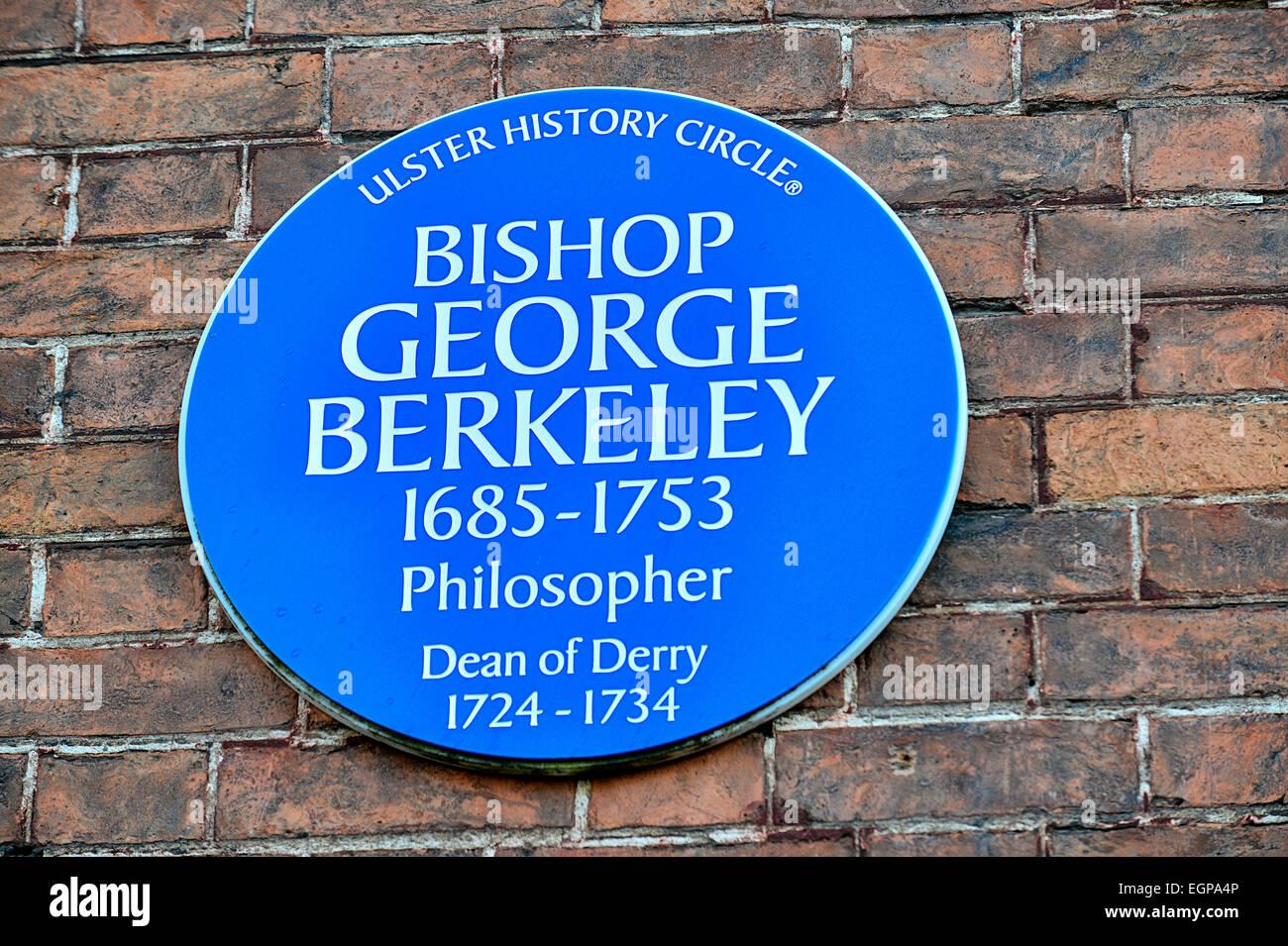Blue plaque Bishop George Berkeley, 1685-1953. Philosopher and Dean of Derry, Bishop of Cloyne - Stock Image