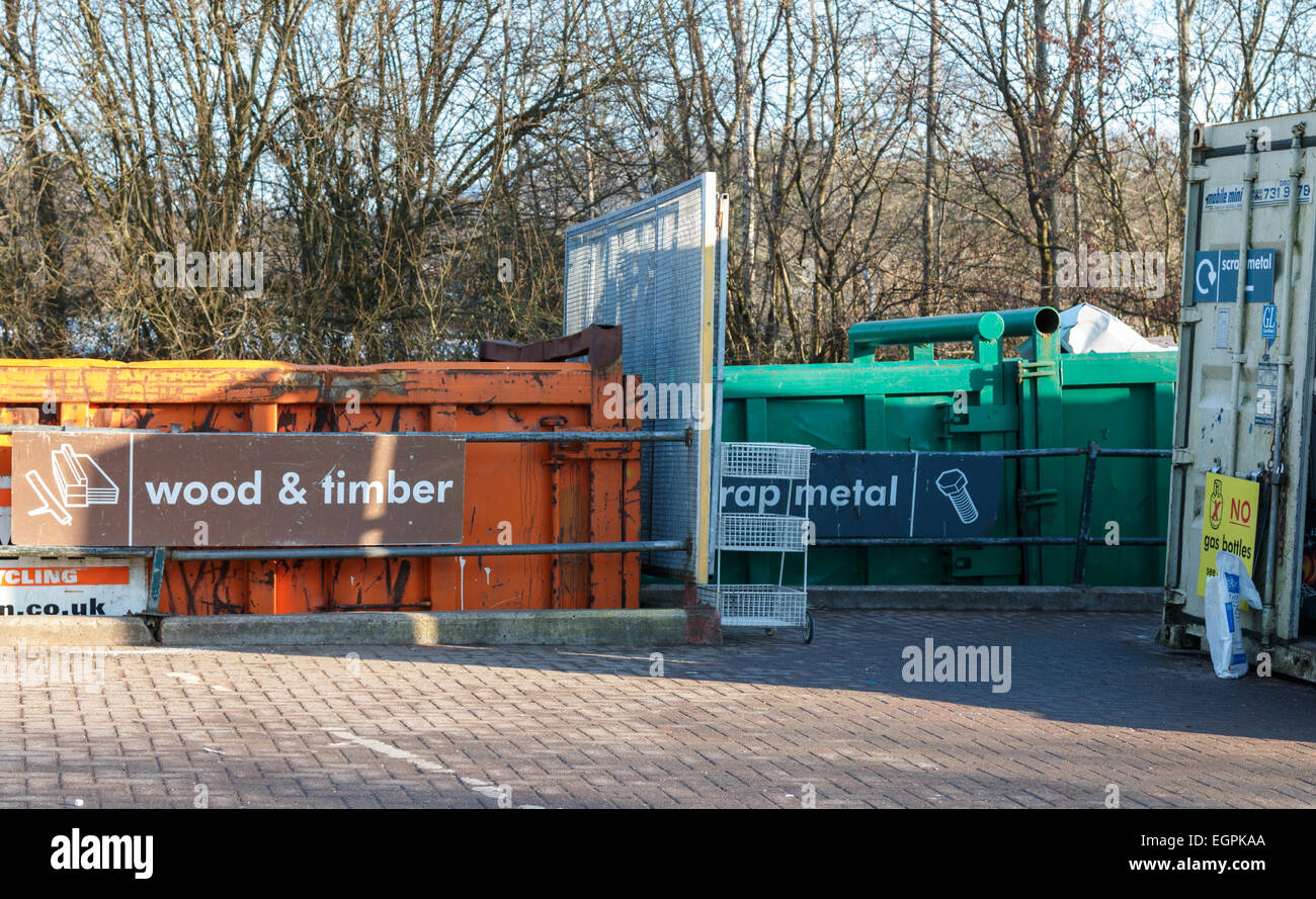 Domestic household waste collection and recycling centre in the UK. Skips for wood, timber and cardboard. - Stock Image