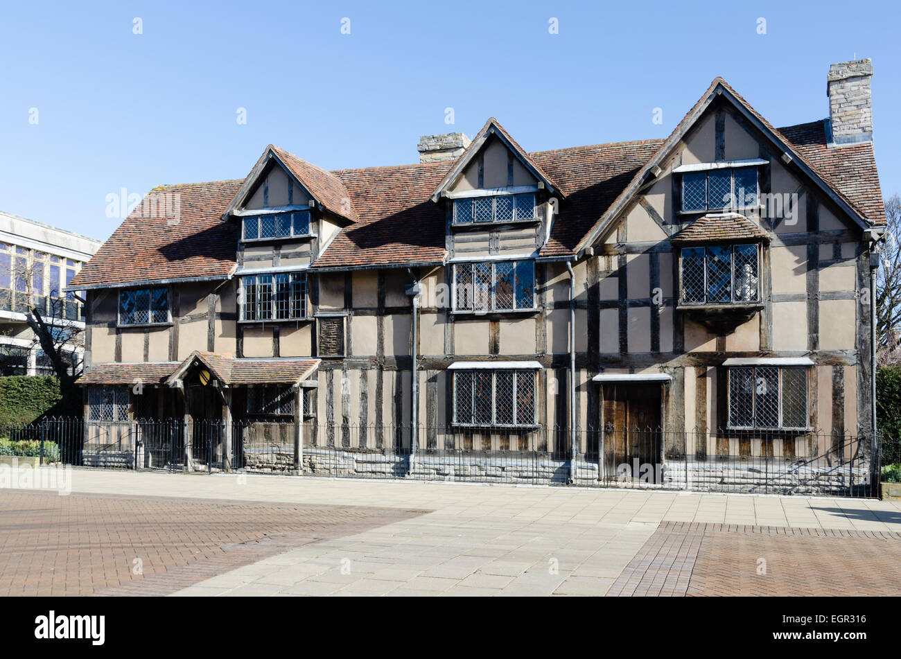 The Shakespeare Birthplace Trust In Henley Street Stratford Upon Avon