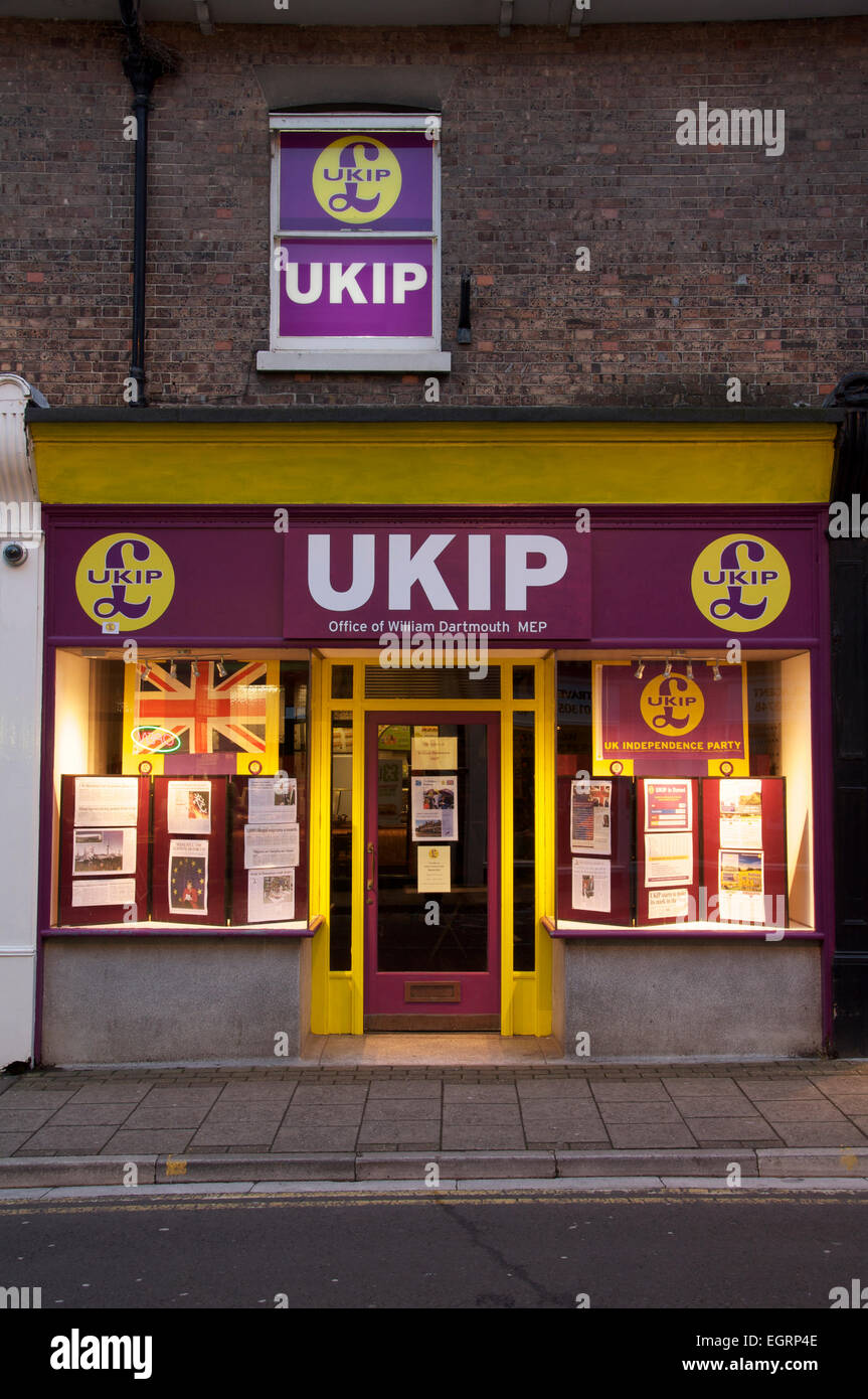 Politics. The local UKIP branch office in Dorchester. The United Kingdom Independence Party is a rapidly emerging - Stock Image