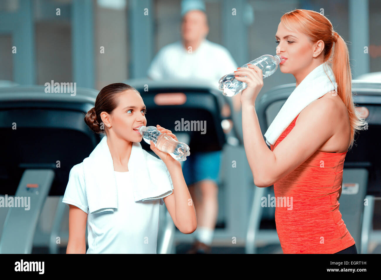 Mother and daughter at sports club - Stock Image