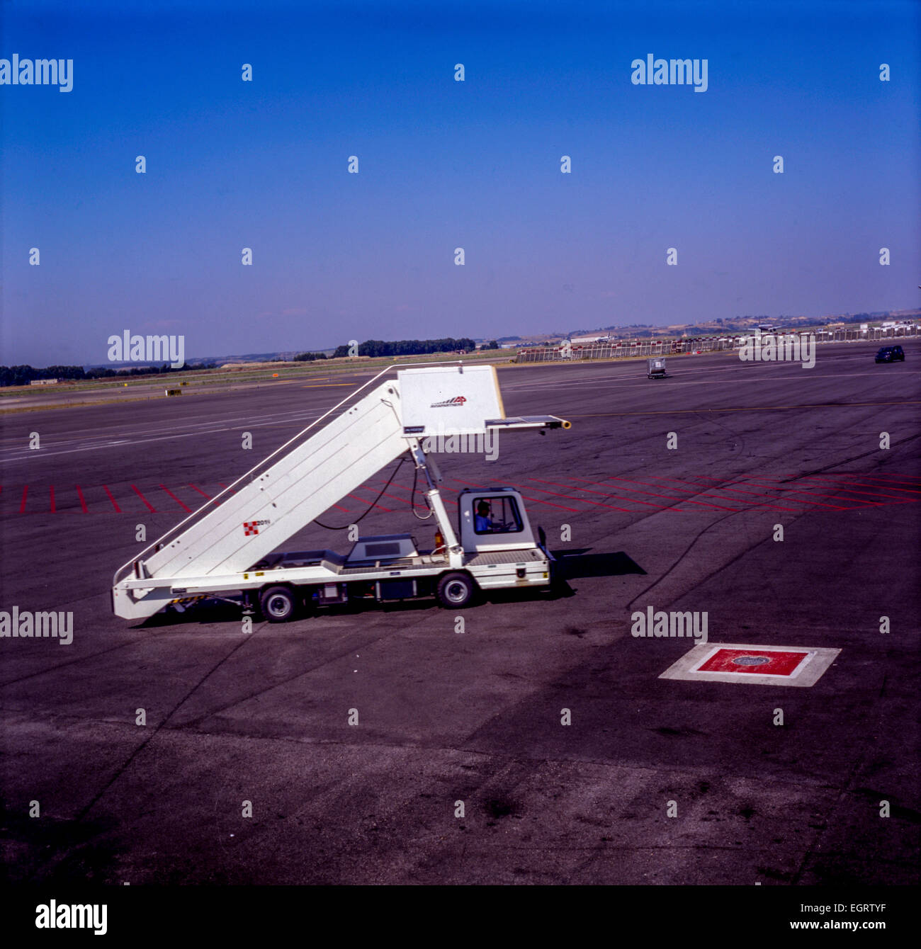 airport vehicle mobile stairways - Stock Image