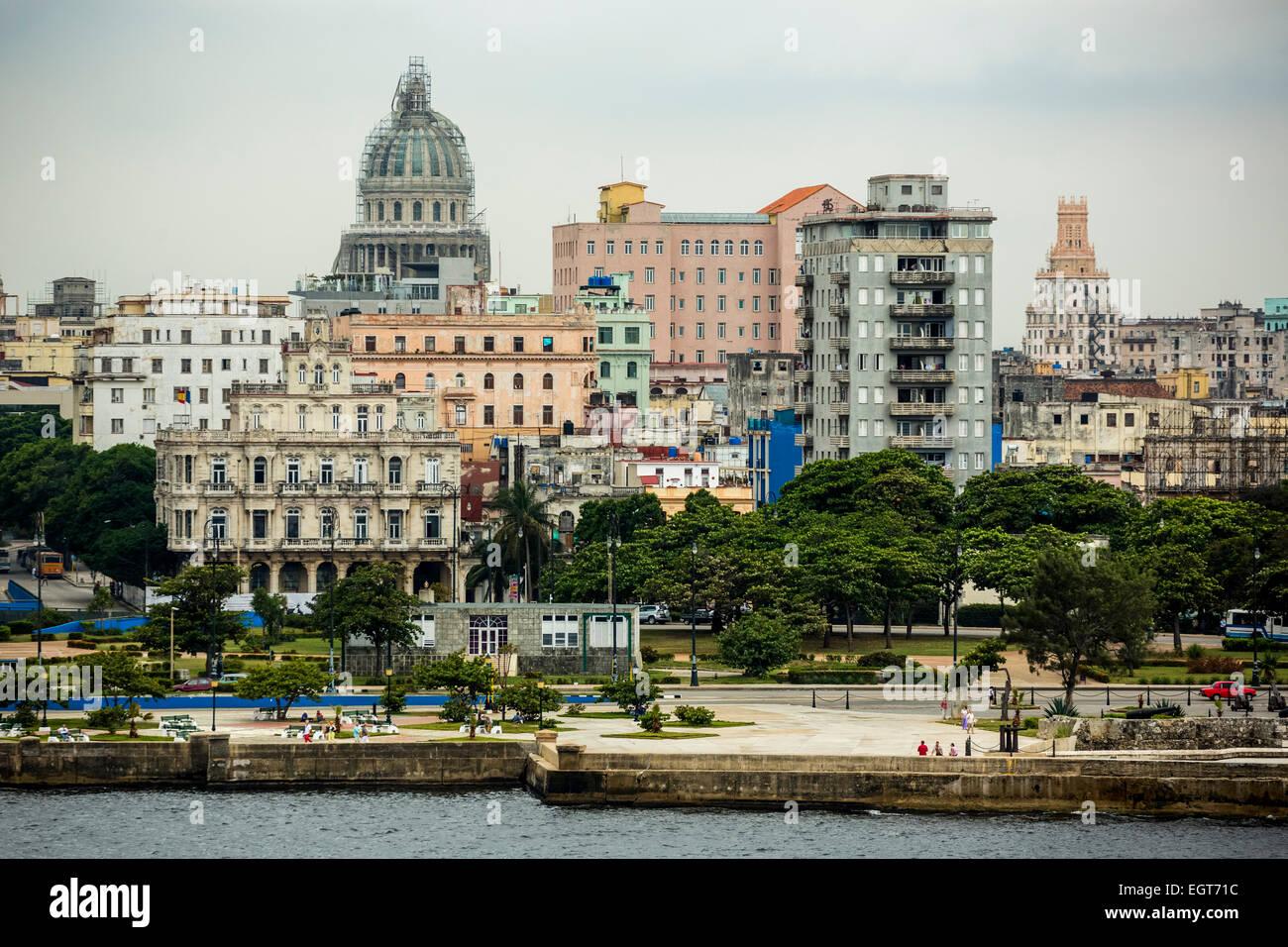 Havana Bay, harbour bay of Old Havana with the Malecón, Capitol Nacional, La Habana, Havana, Cuba - Stock Image