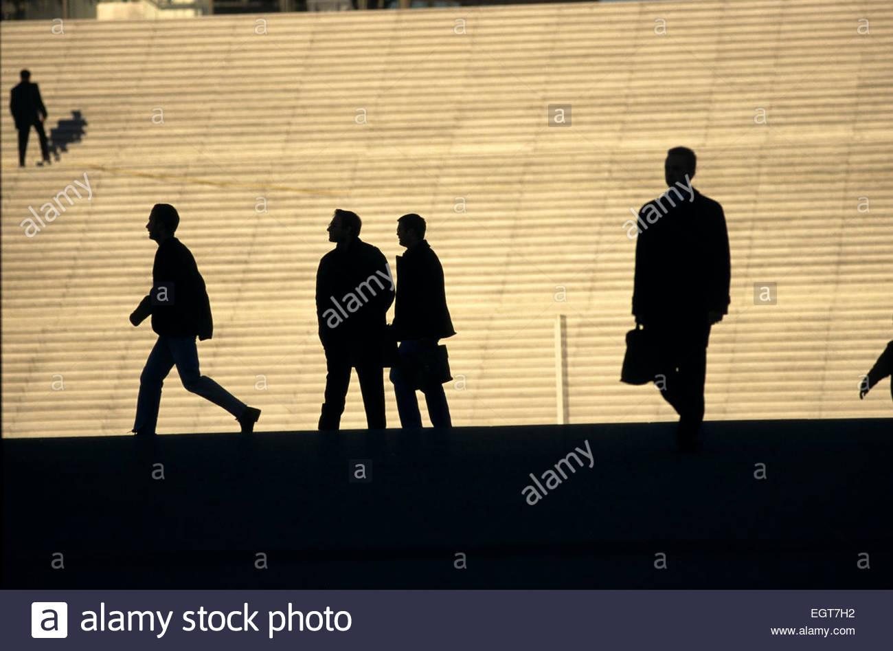 France, Ile-de-France, Paris, Grande Arche de la Defense, businessmen - Stock Image