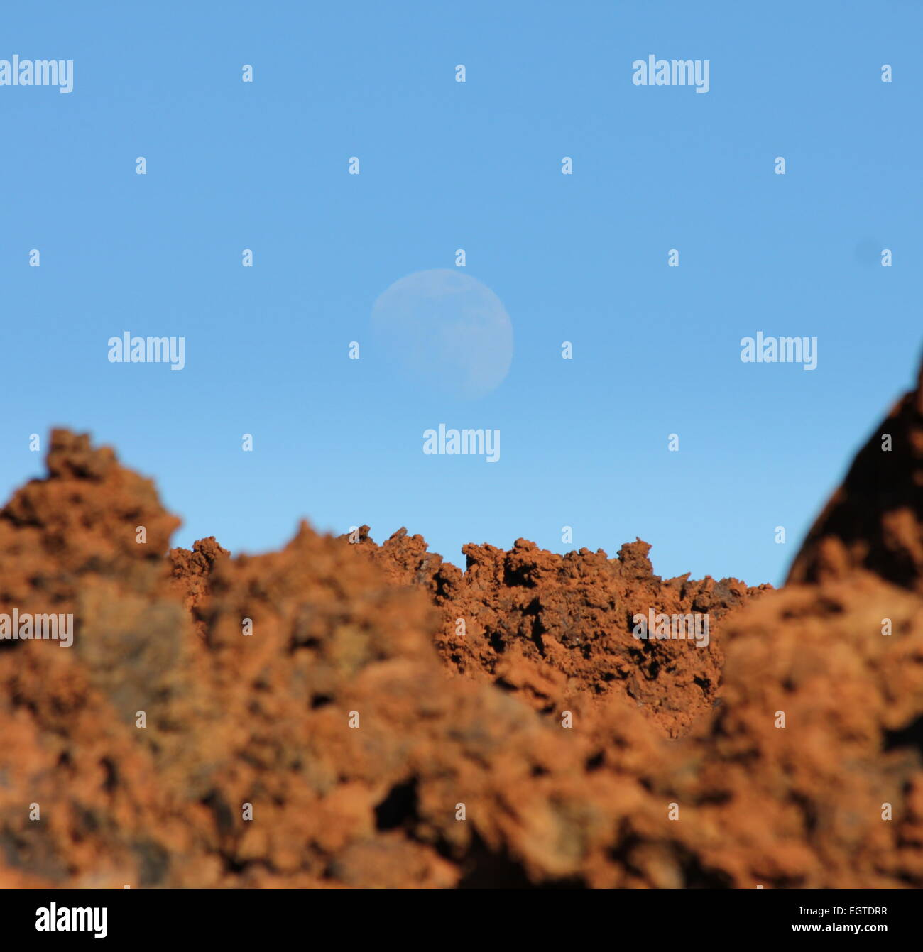 Moonrise over lava field las canadas el teide national park tenerife - Stock Image