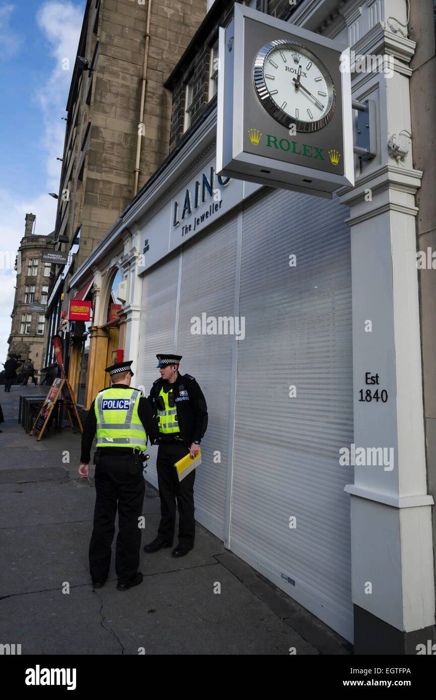 Edinburgh, Scotland, UK. 2nd March, 2015. Police outside Laing, The Jewellers, in Frederick Street following an Stock Photo