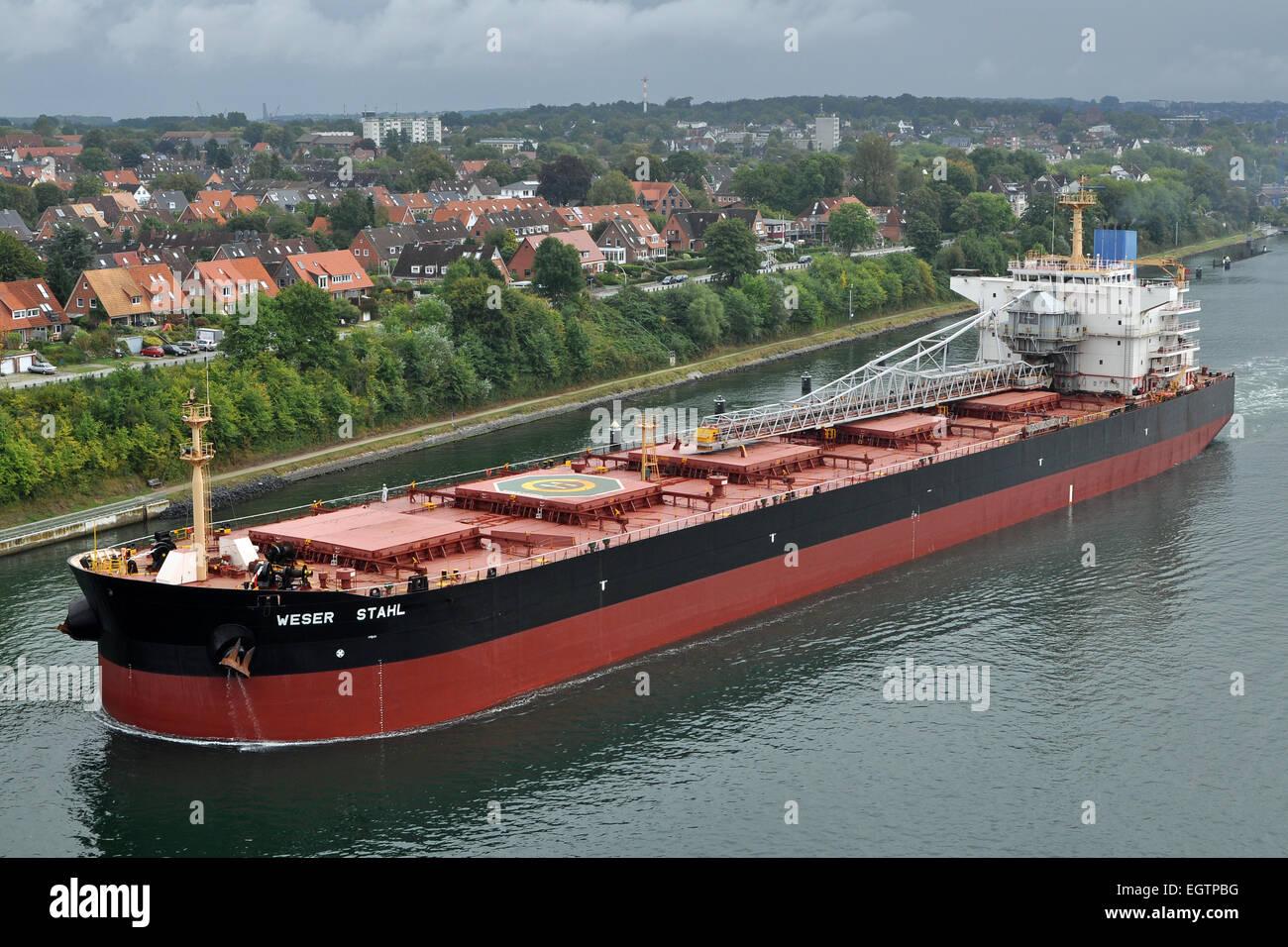 Self-discharging bulkcarrier Weser Stahl - Stock Image